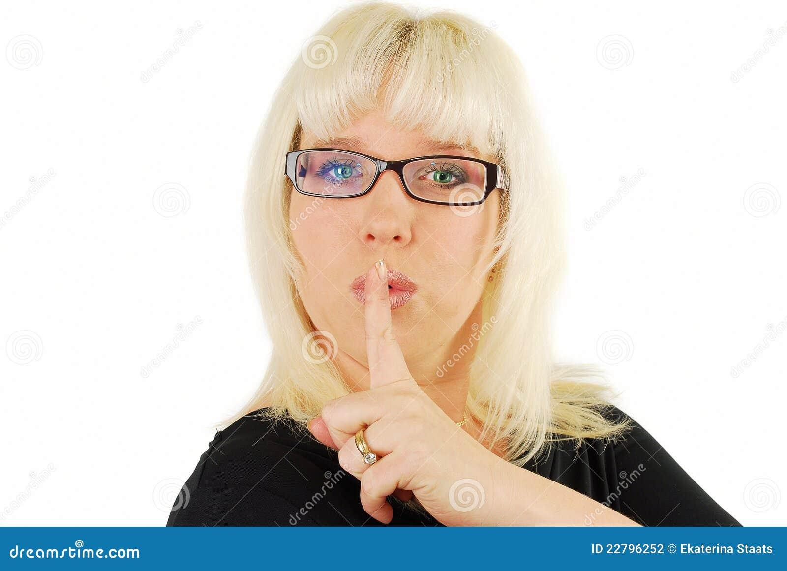 σύγχρονη γυναίκα γυαλιών