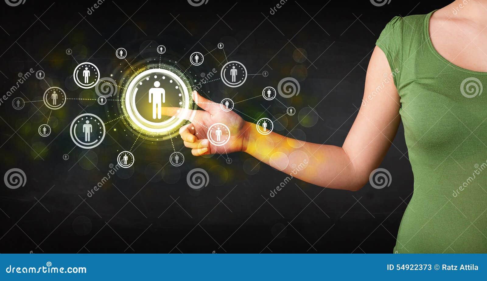 Σύγχρονη επιχειρηματίας σχετικά με το μελλοντικό κοινωνικό δίκτυο β τεχνολογίας