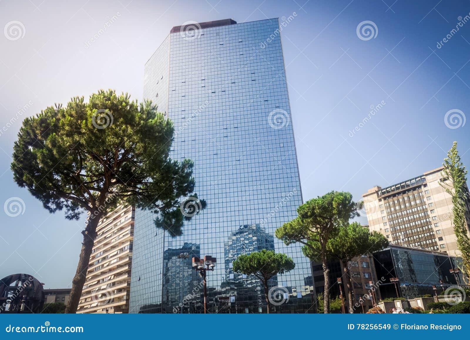 σύγχρονοι ουρανοξύστες εμπορικών κέντρων