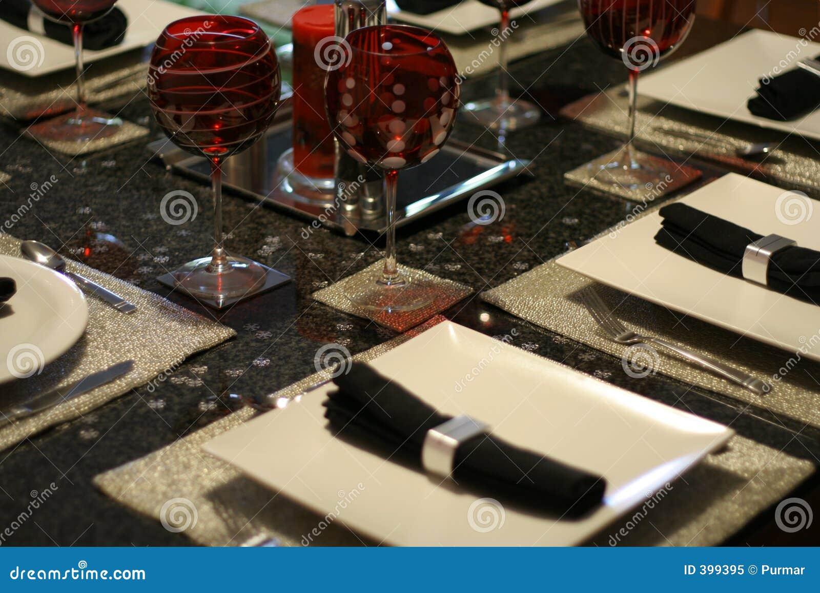 Σύγχρονο επιτραπέζιο σκεύος 3