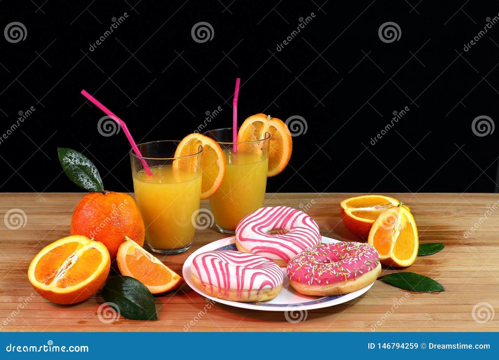 Σύνθεση με τα εσπεριδοειδή και το χυμό από πορτοκάλι