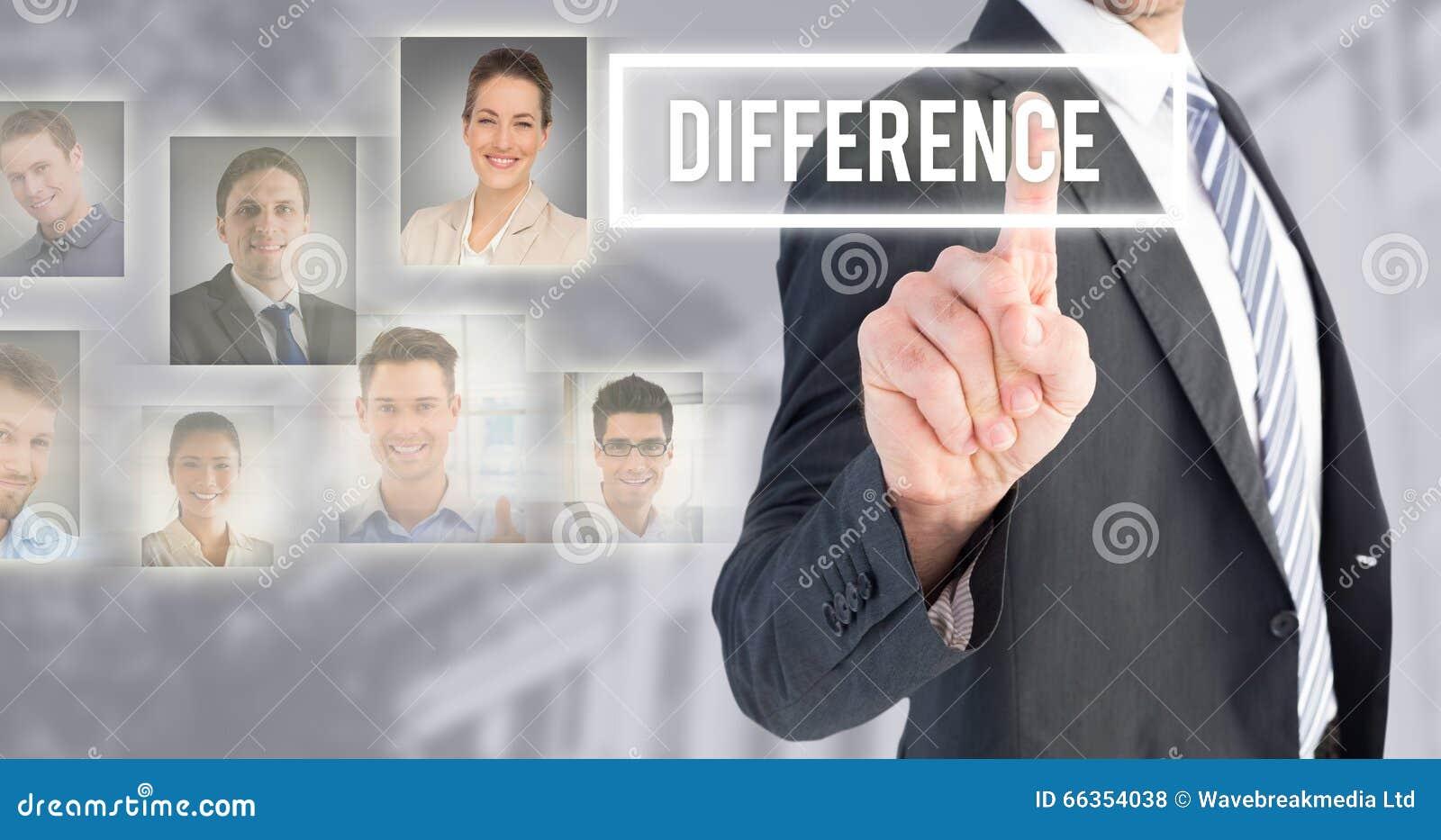 Σύνθετη εικόνα του επιχειρηματία που δείχνει με το δάχτυλό του