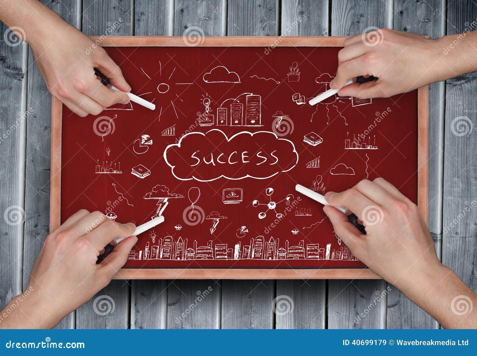 Σύνθετη εικόνα των πολλαπλάσιων χεριών που σύρουν την επιτυχία doodle με την κιμωλία