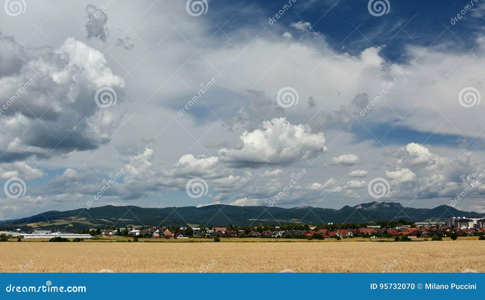 σύννεφα πόλεων