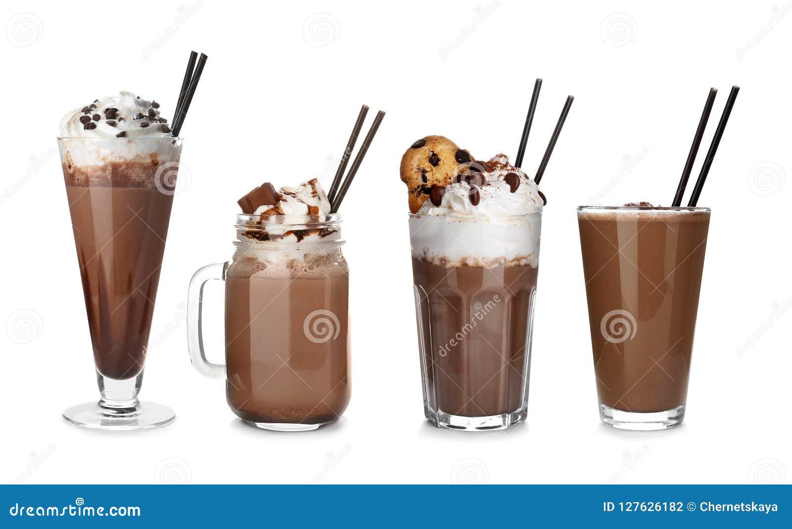 Σύνολο με τα εύγευστα κουνήματα γάλακτος σοκολάτας