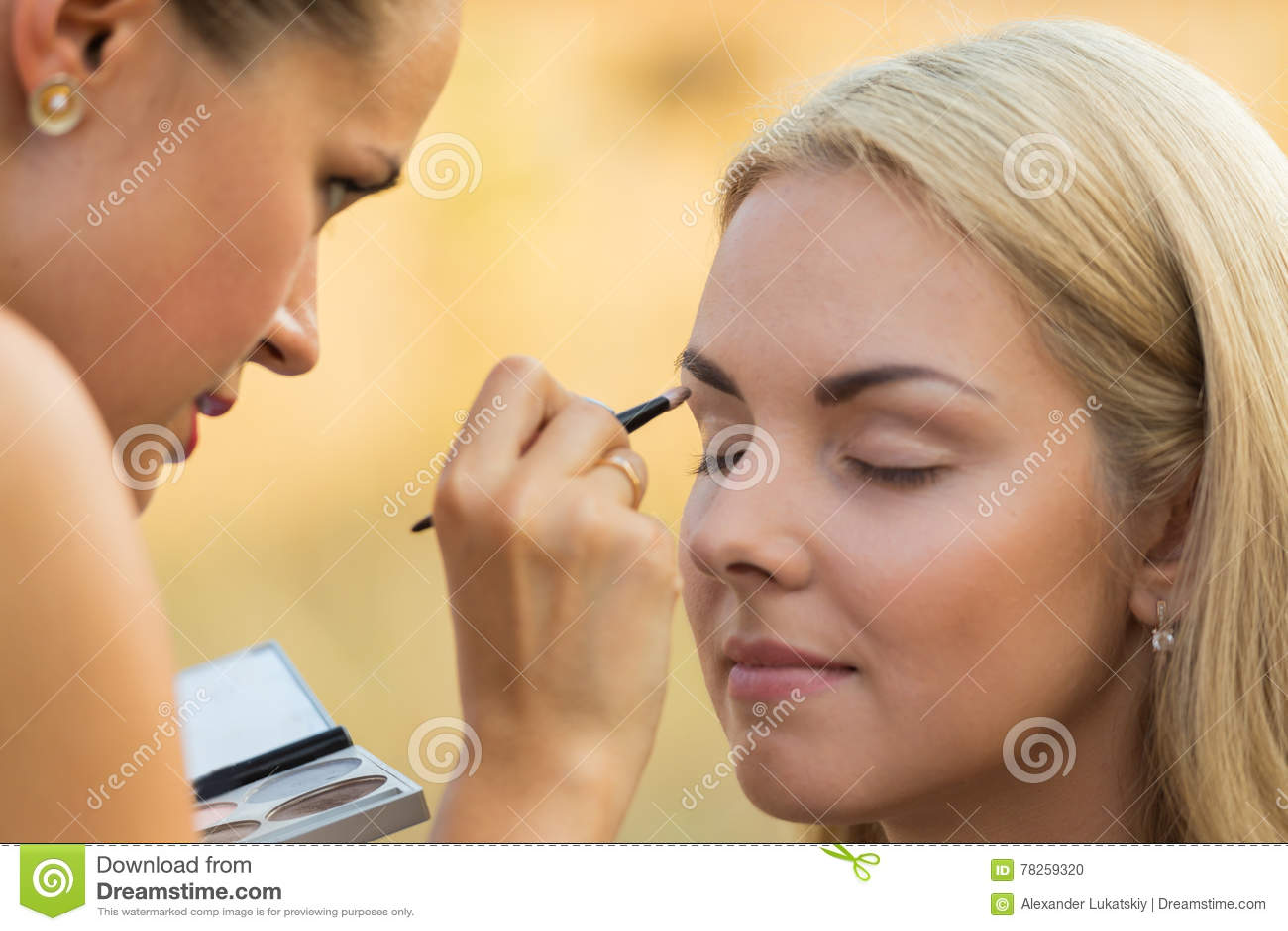 Σύνοδος Makeup στη φύση