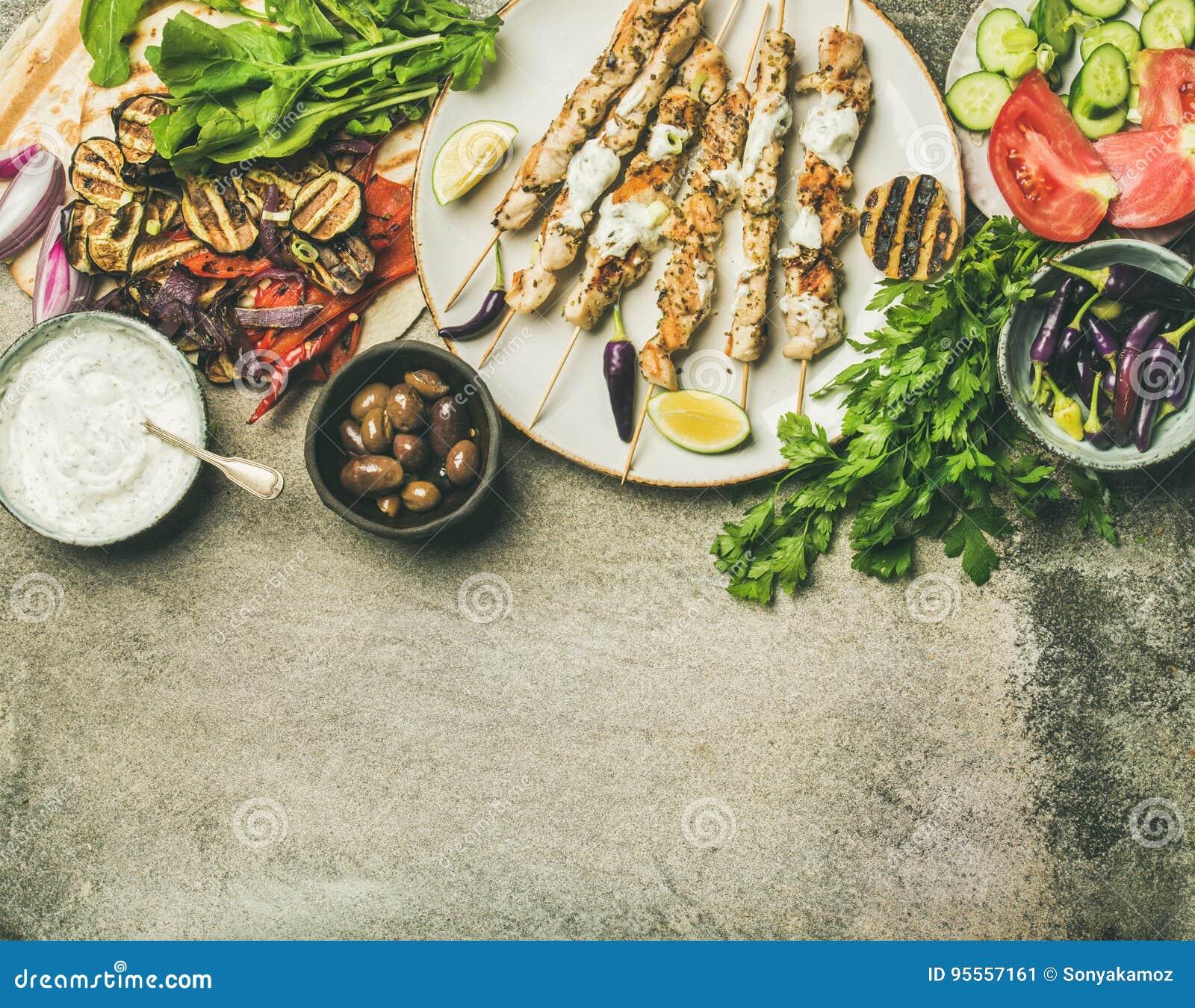 Σύνολο γευμάτων κομμάτων θερινών σχαρών, συγκεκριμένο υπόβαθρο, διάστημα αντιγράφων