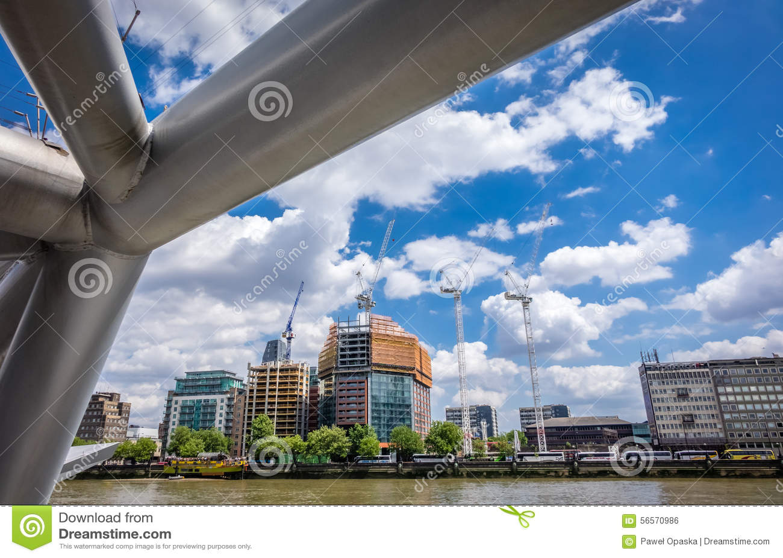 Download Τάμεσης riverbank εκδοτική εικόνες. εικόνα από λονδίνο - 56570986