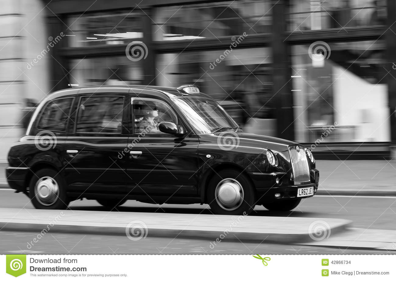 Ταξί του Λονδίνου με την ταχύτητα