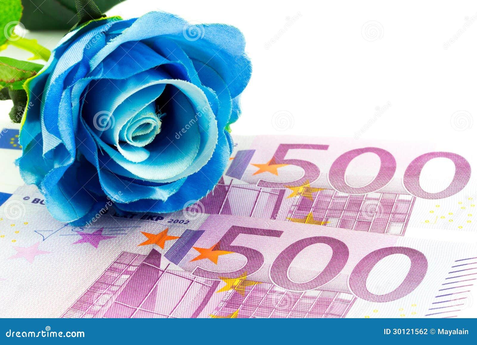 Τα χρήματα και μπλε αυξήθηκαν
