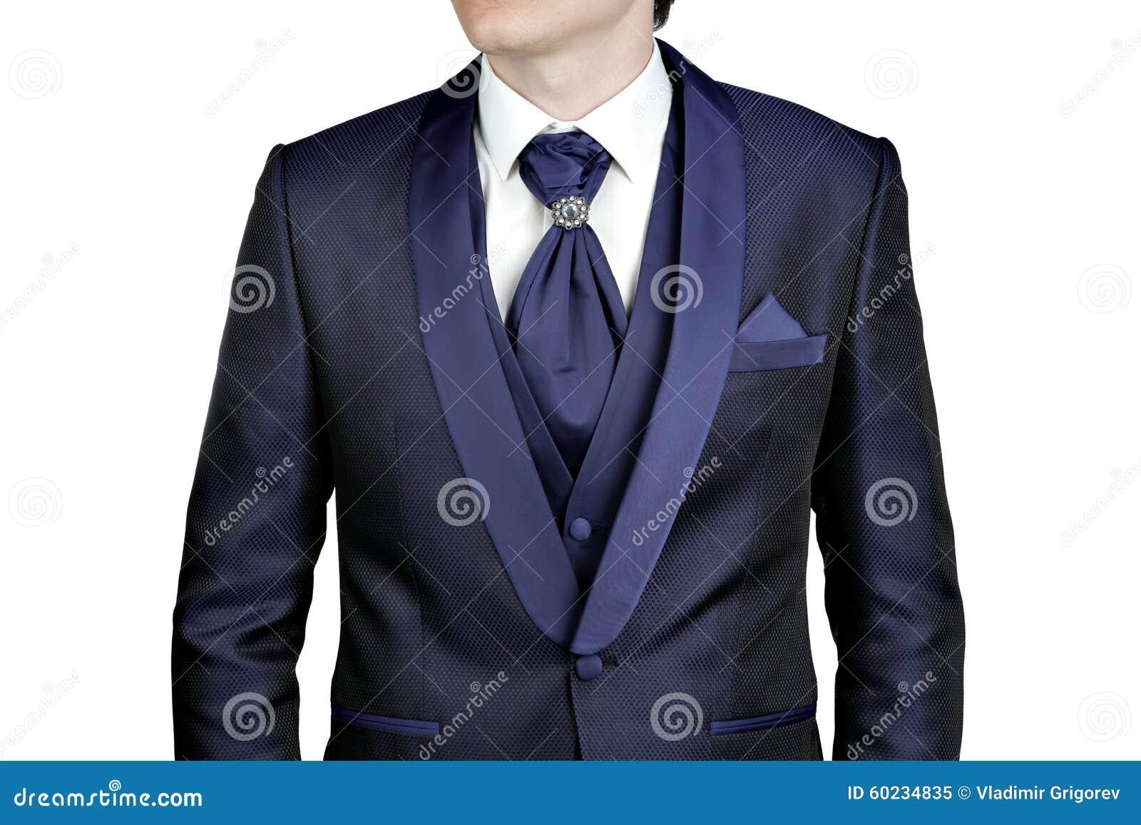 Μπλε ναυτικό κοστούμι για τα άτομα f25c393fc9d