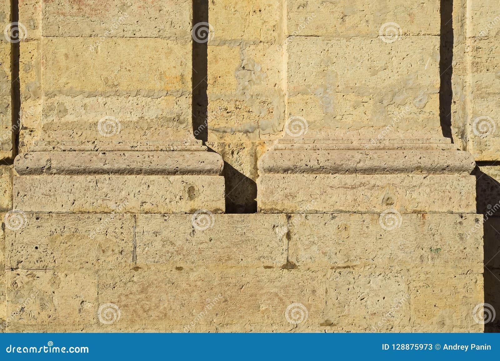 Τεκτονική της μεγάλης Γκάτσινα το παλάτι-κάστρο των ρωσικών αυτοκρατόρων