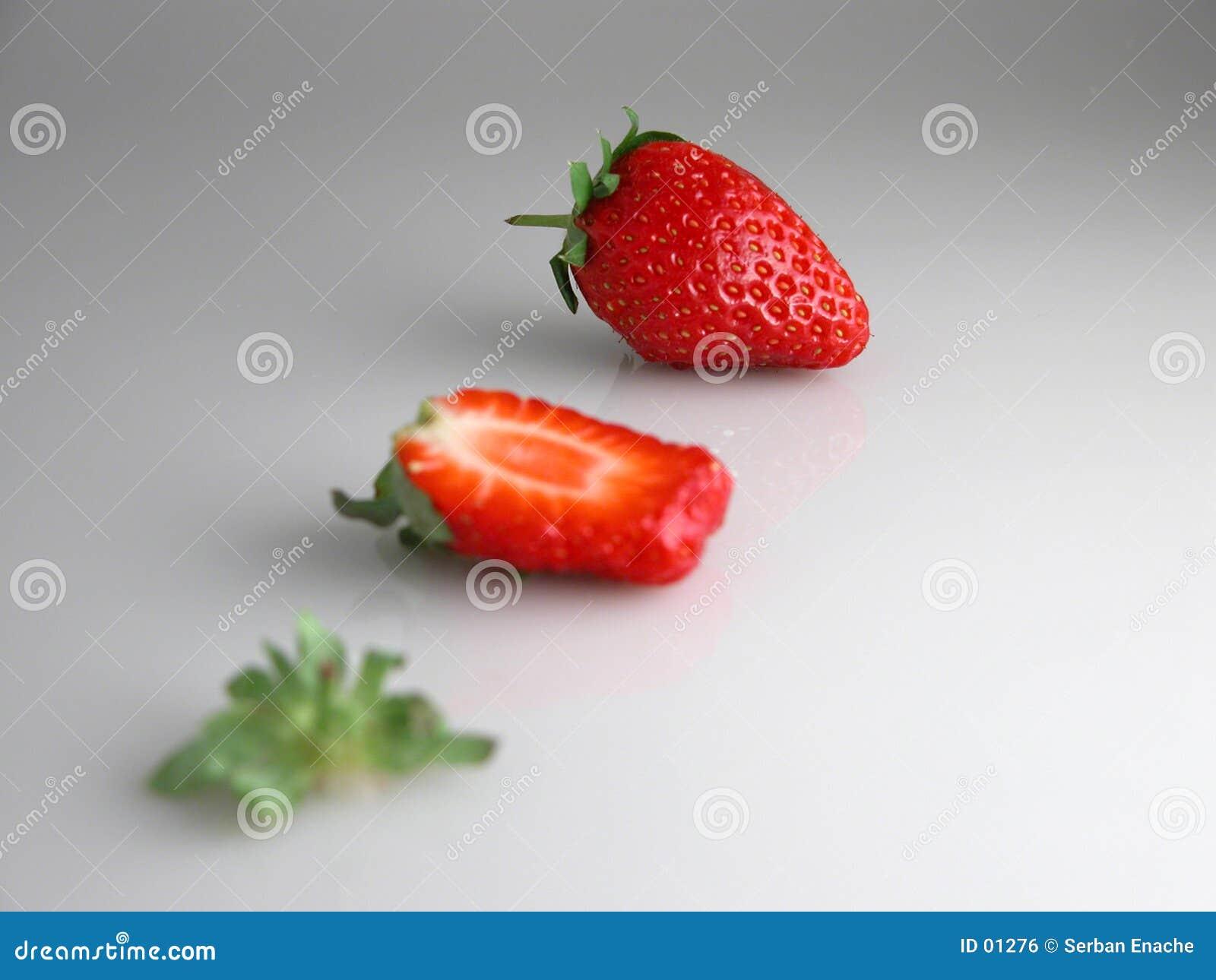 τεμαχισμένη φράουλα