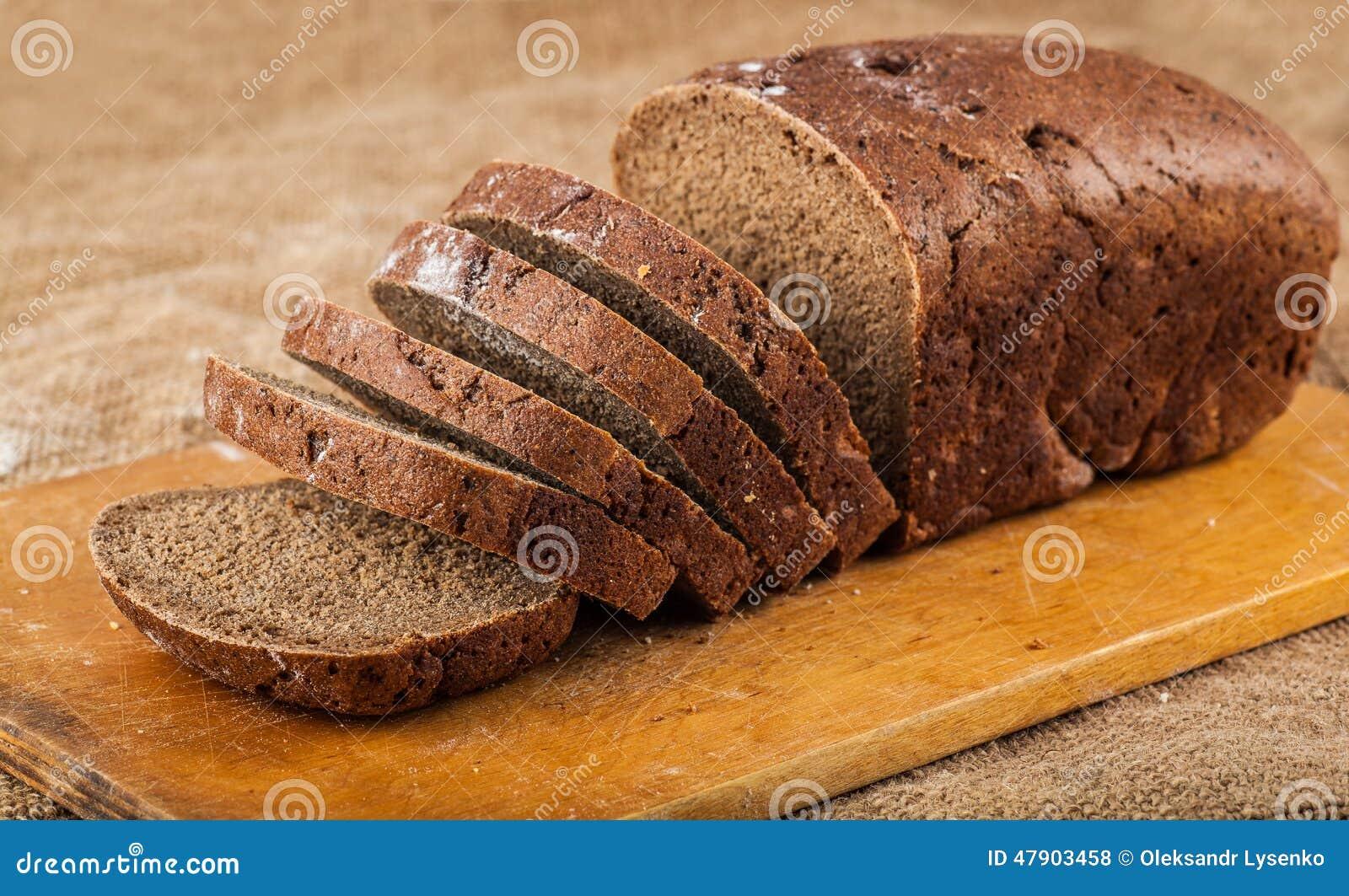 Τεμαχισμένο καφετί ψωμί φραντζολών