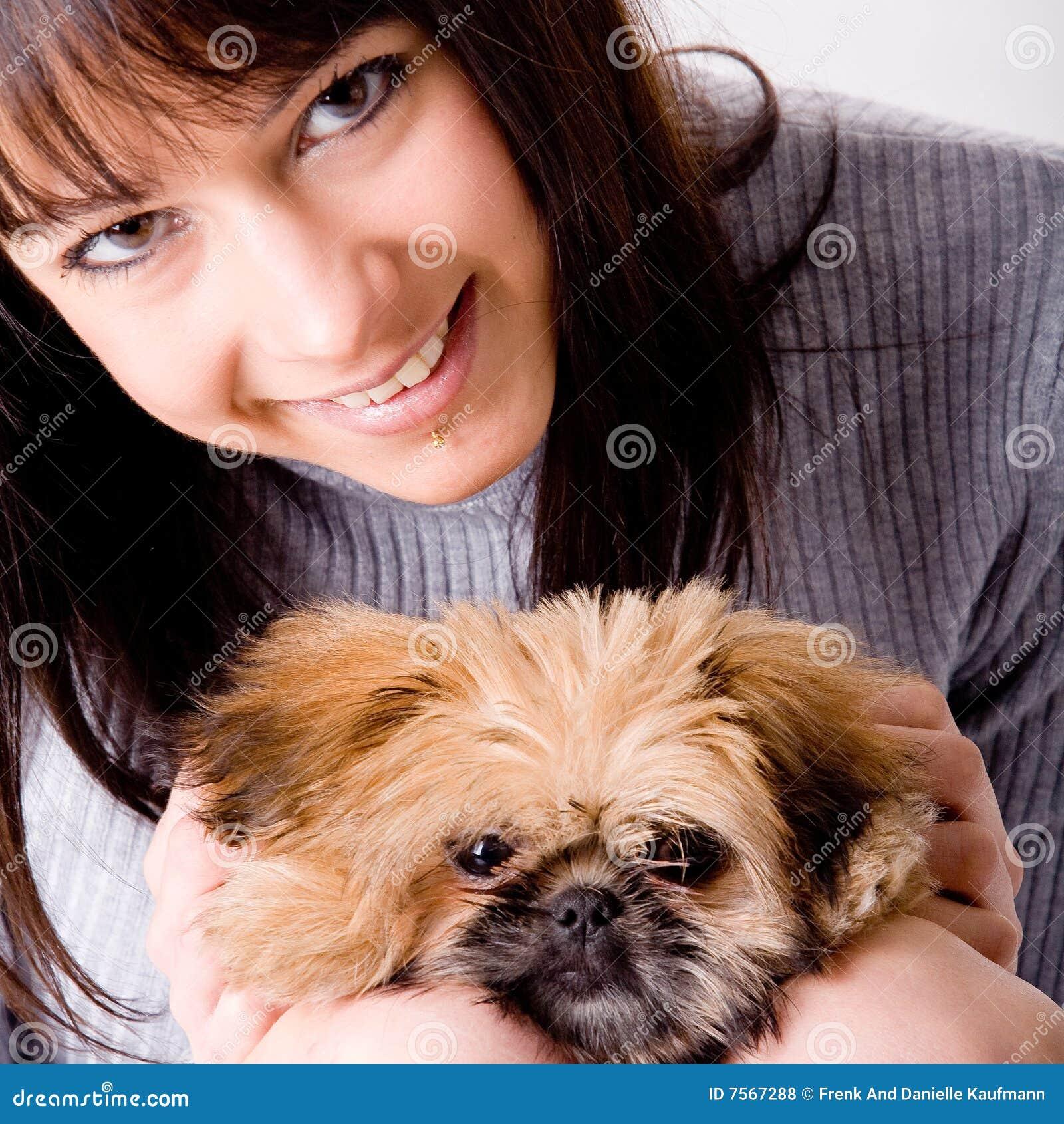τετράγωνο κοριτσιών σκυλιών
