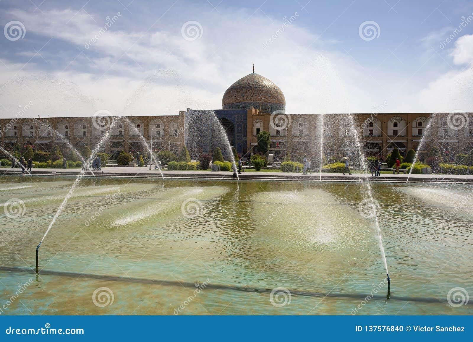 Τετράγωνο naqsh-ε-Jahan και μουσουλμανικό τέμενος στο Ισφαχάν, Ιράν