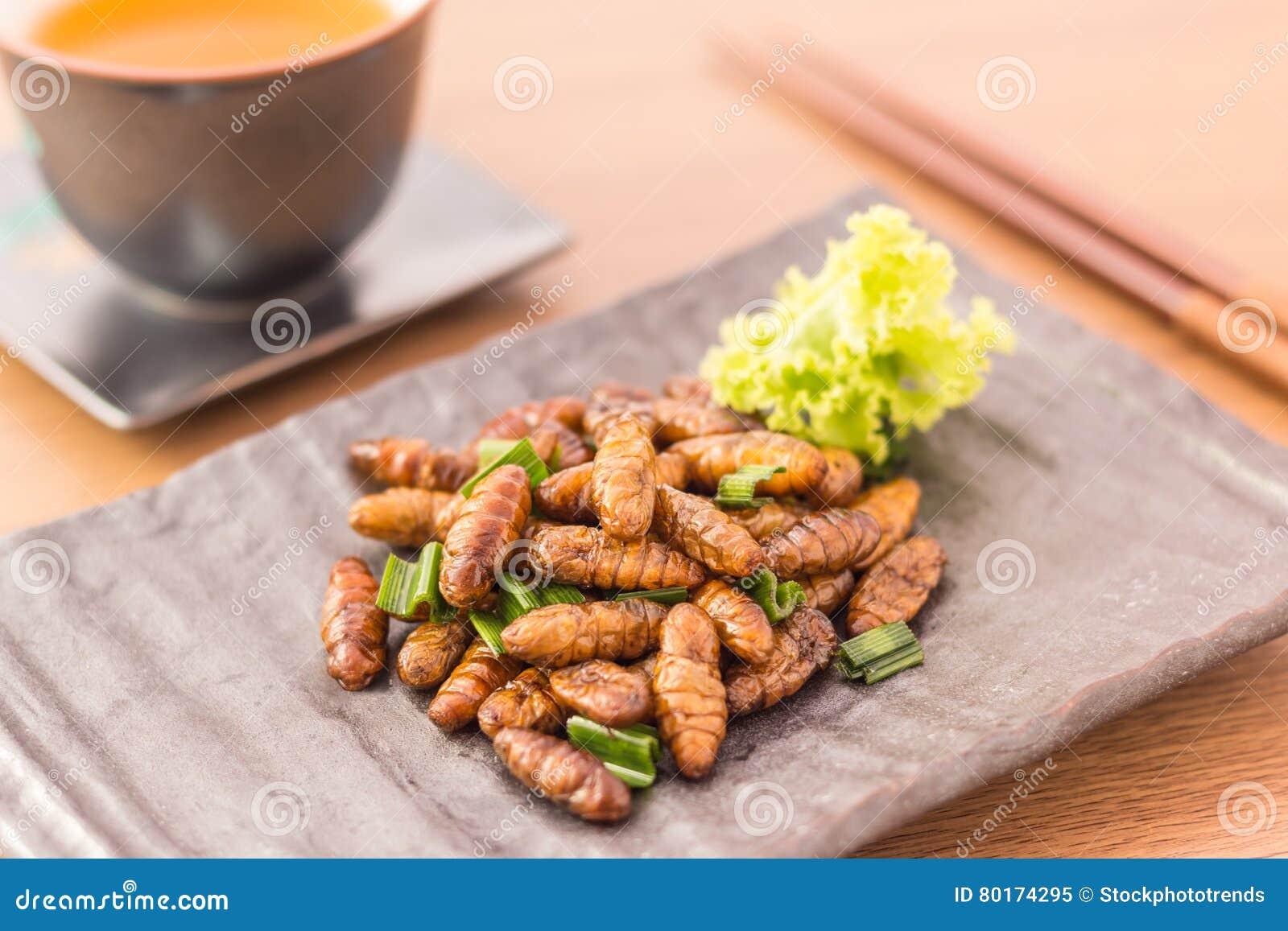 τηγανισμένα έντομα