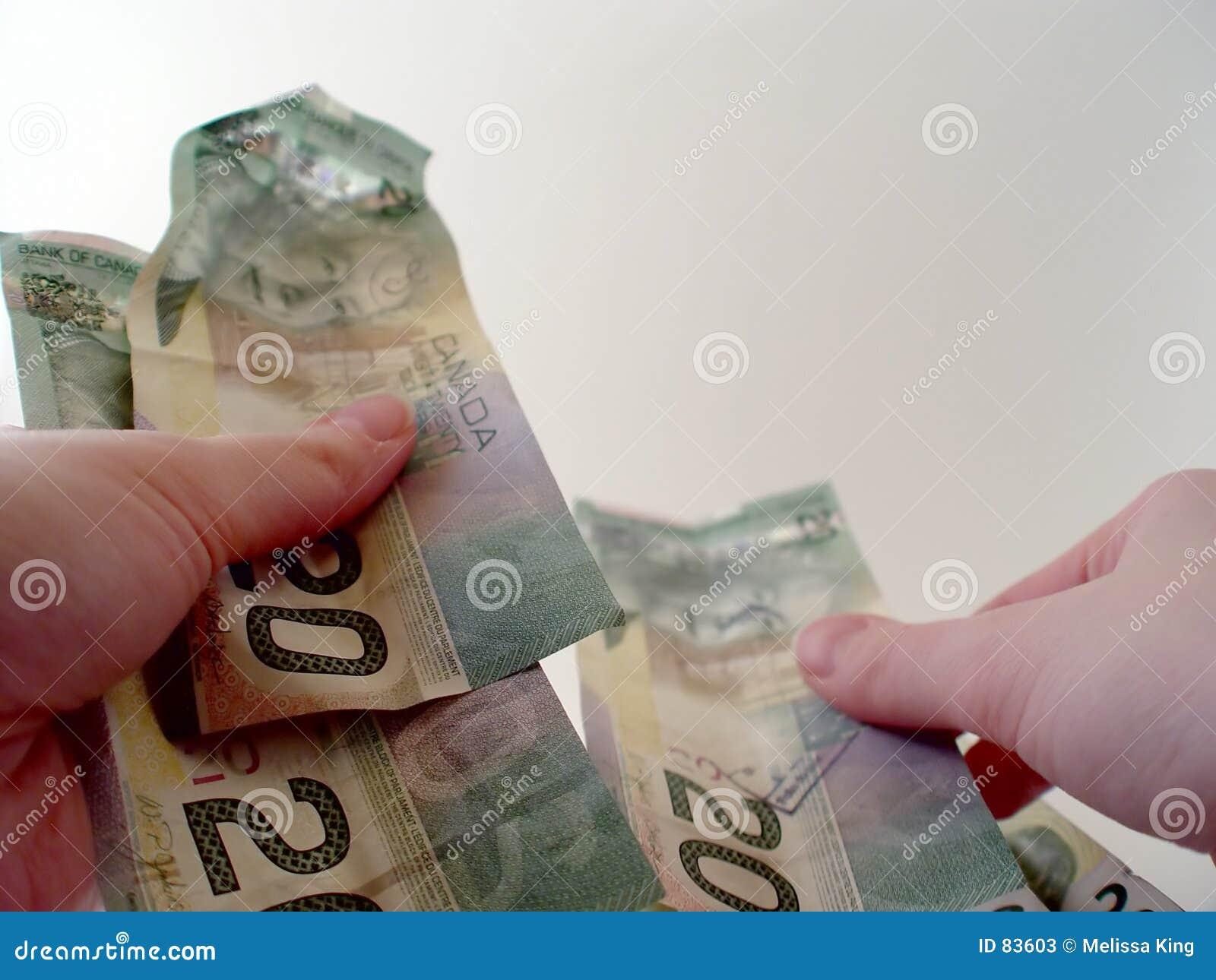 τιμολογεί το μετρώντας δολάριο είκοσι