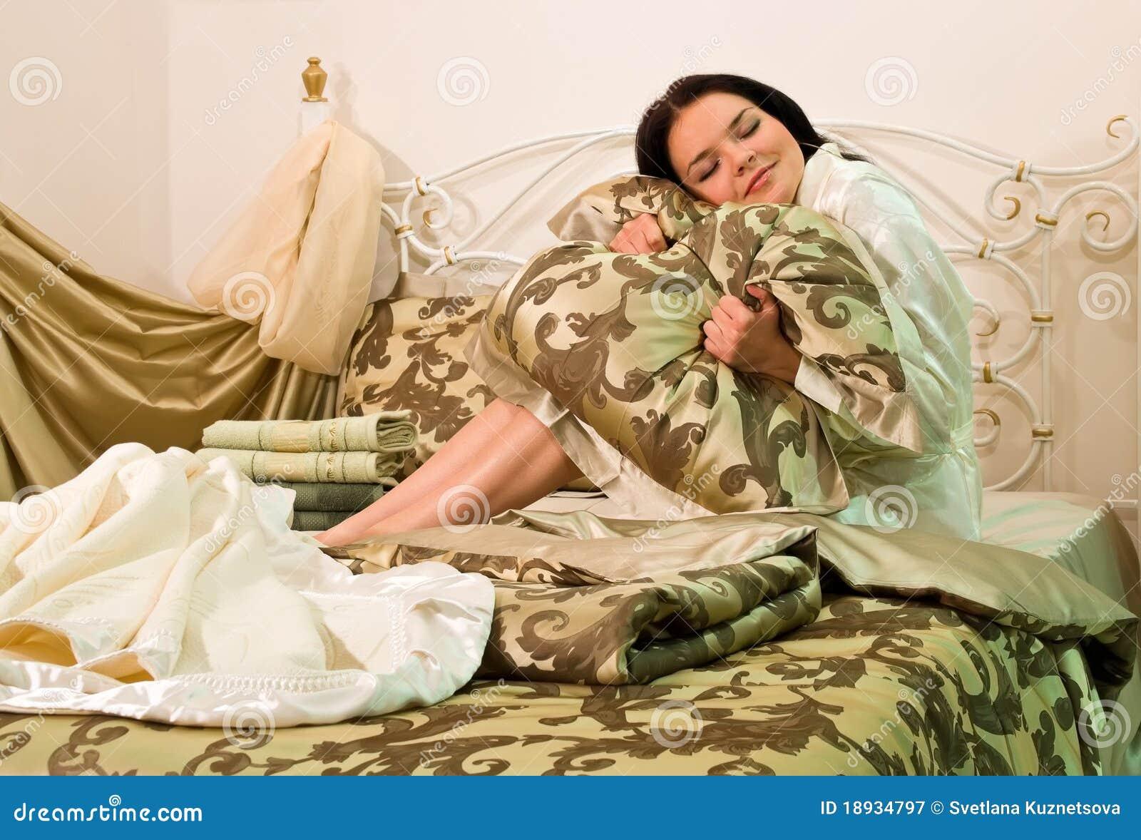 τοποθέτηση στο κρεβάτι linens
