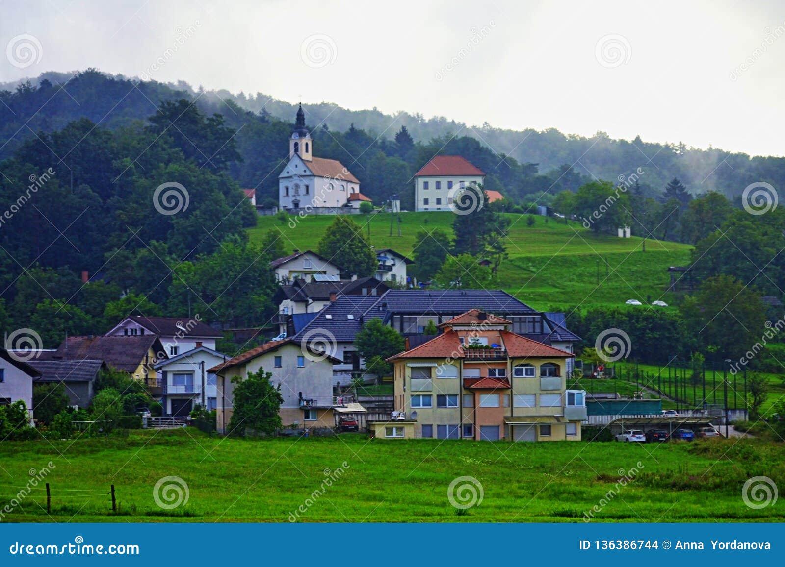 Του Λουμπλιάνα φυσική άποψη Σλοβενία Ευρώπη τοπίου περιχώρων ποιμενική