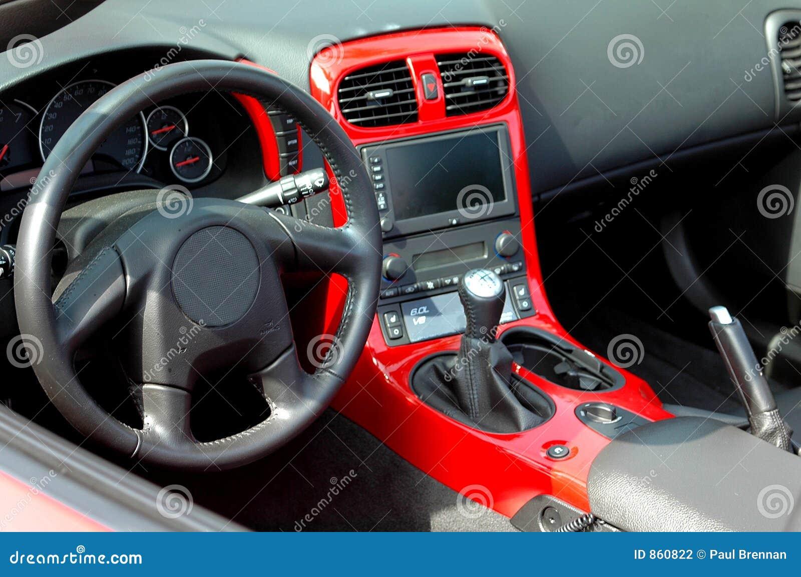 το αυτοκίνητο εμφανίζει