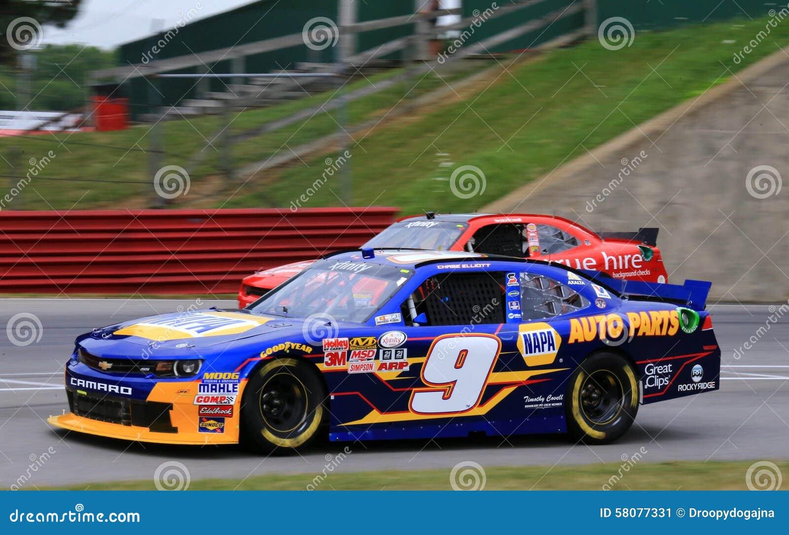Το αυλάκωμα Elliott συναγωνίζεται το γεγονός NASCAR