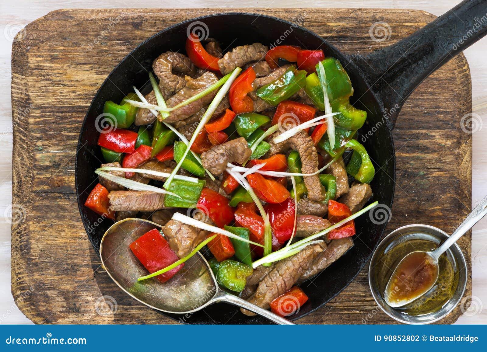 Το βόειο κρέας ανακατώνει τα τηγανητά