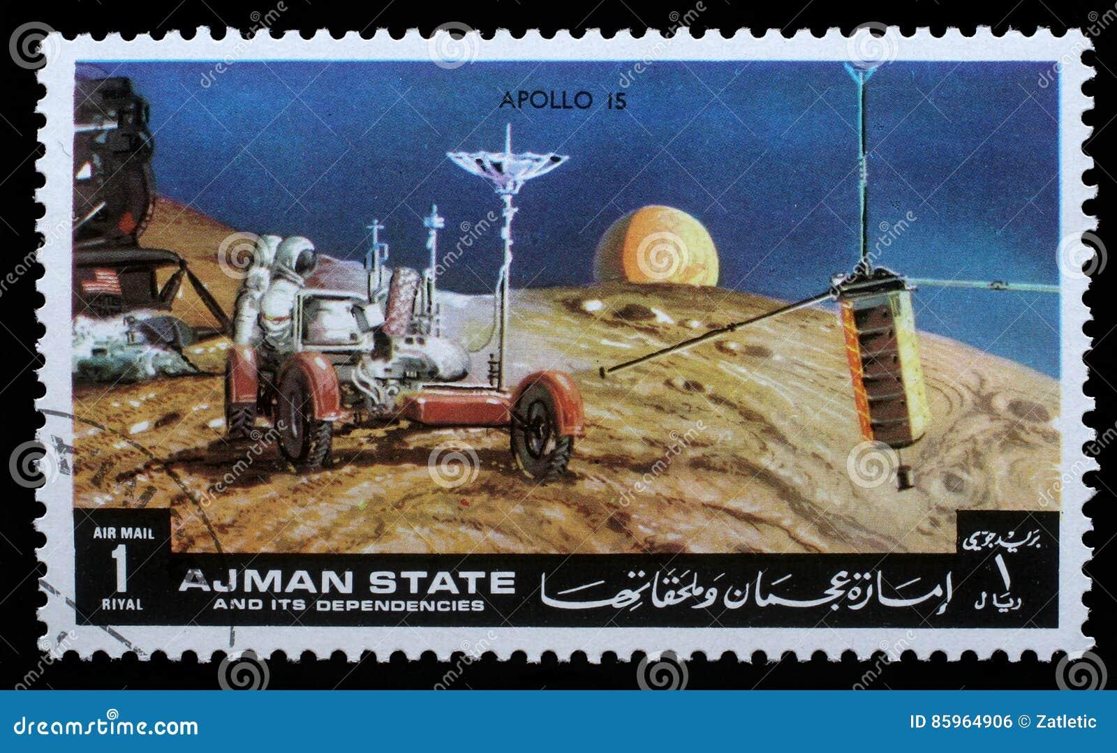 Το γραμματόσημο που τυπώνεται από Ajman παρουσιάζει απόλλωνα 15 - τηλεοπτική αναμετάδοση