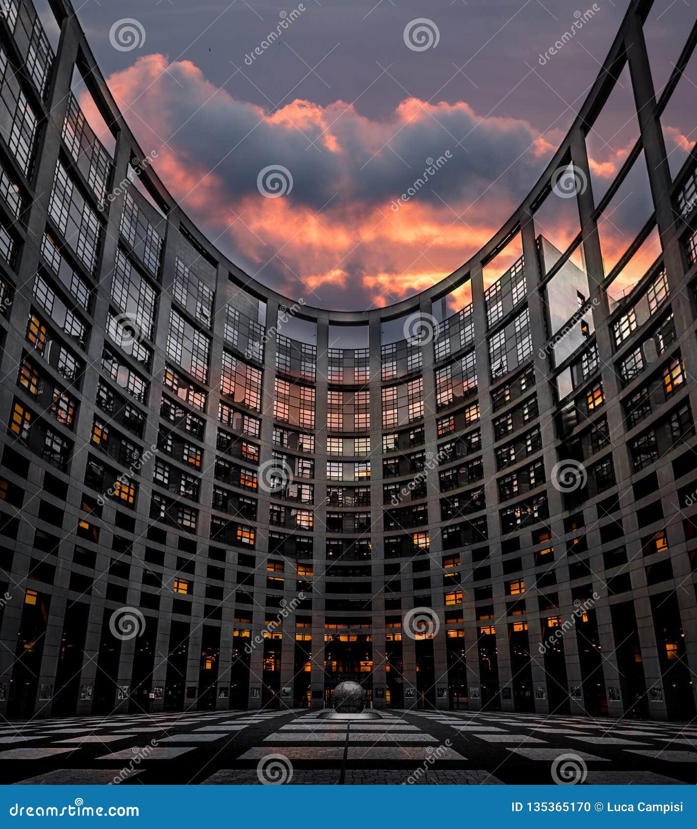 το Ευρωπαϊκό Κοινοβούλι