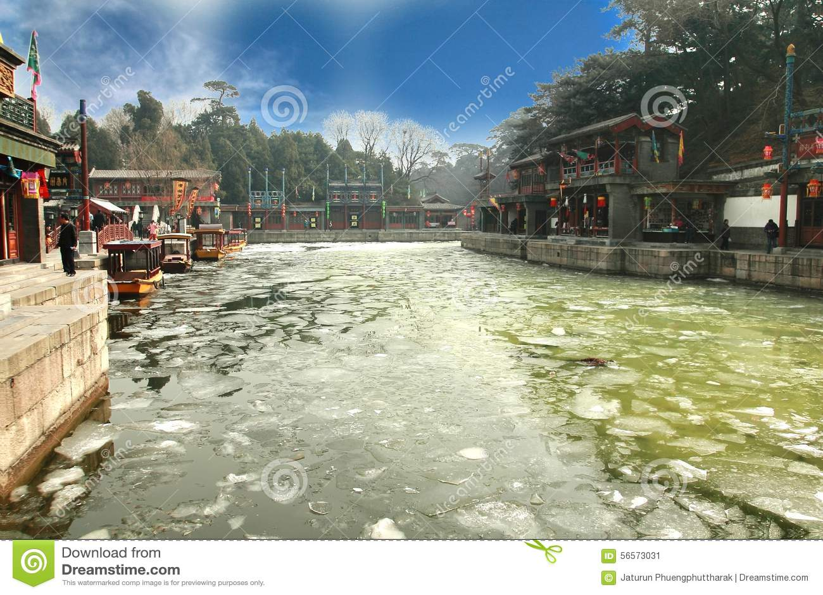 Download Το θερινό παλάτι στο Πεκίνο, Κίνα Εκδοτική Εικόνες - εικόνα από μεγαλοπρεπής, ουρανός: 56573031