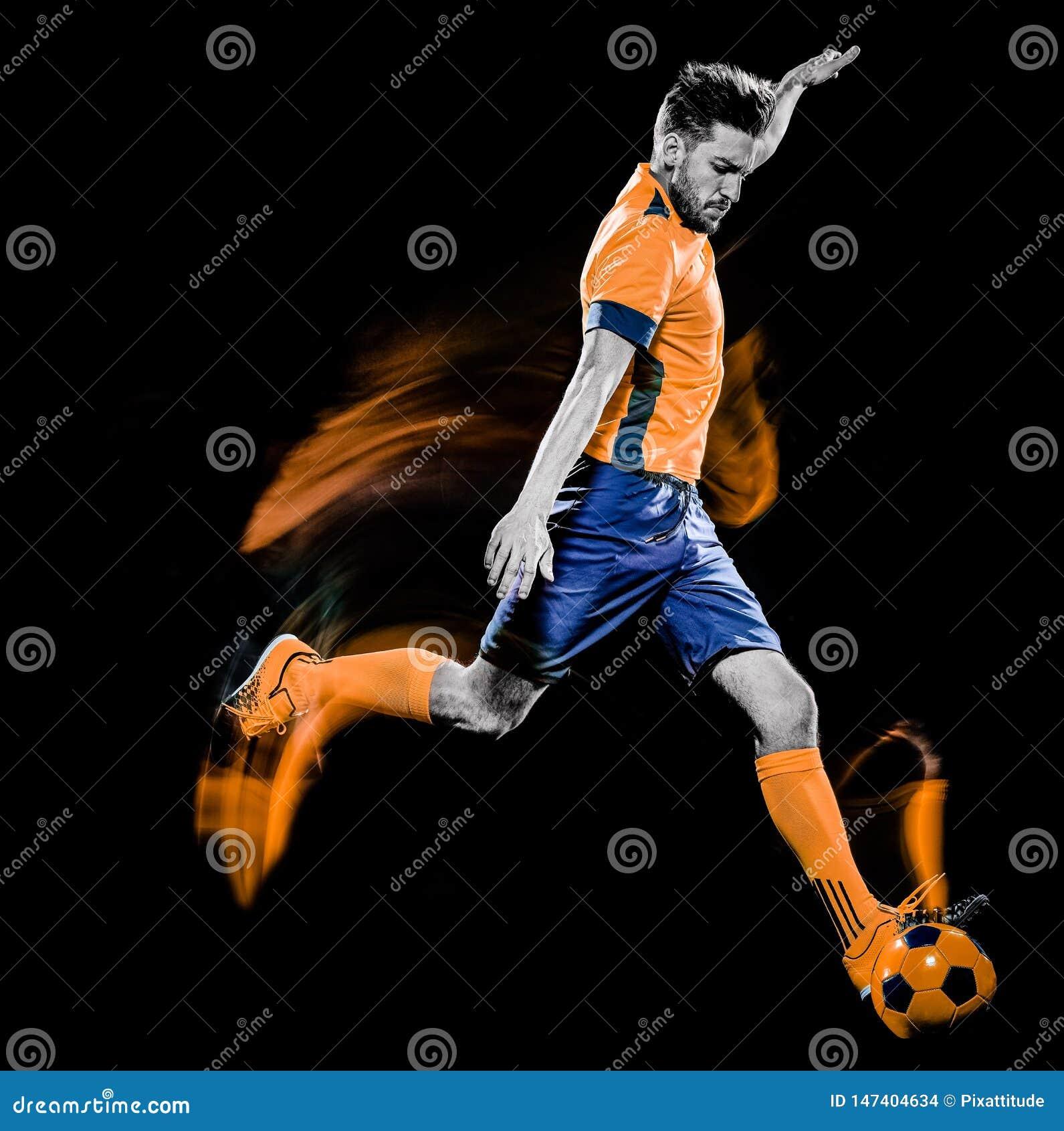 Το καυκάσιο άτομο ποδοσφαιριστών απομόνωσε τη μαύρη ελαφριά ζωγραφική υποβάθρου