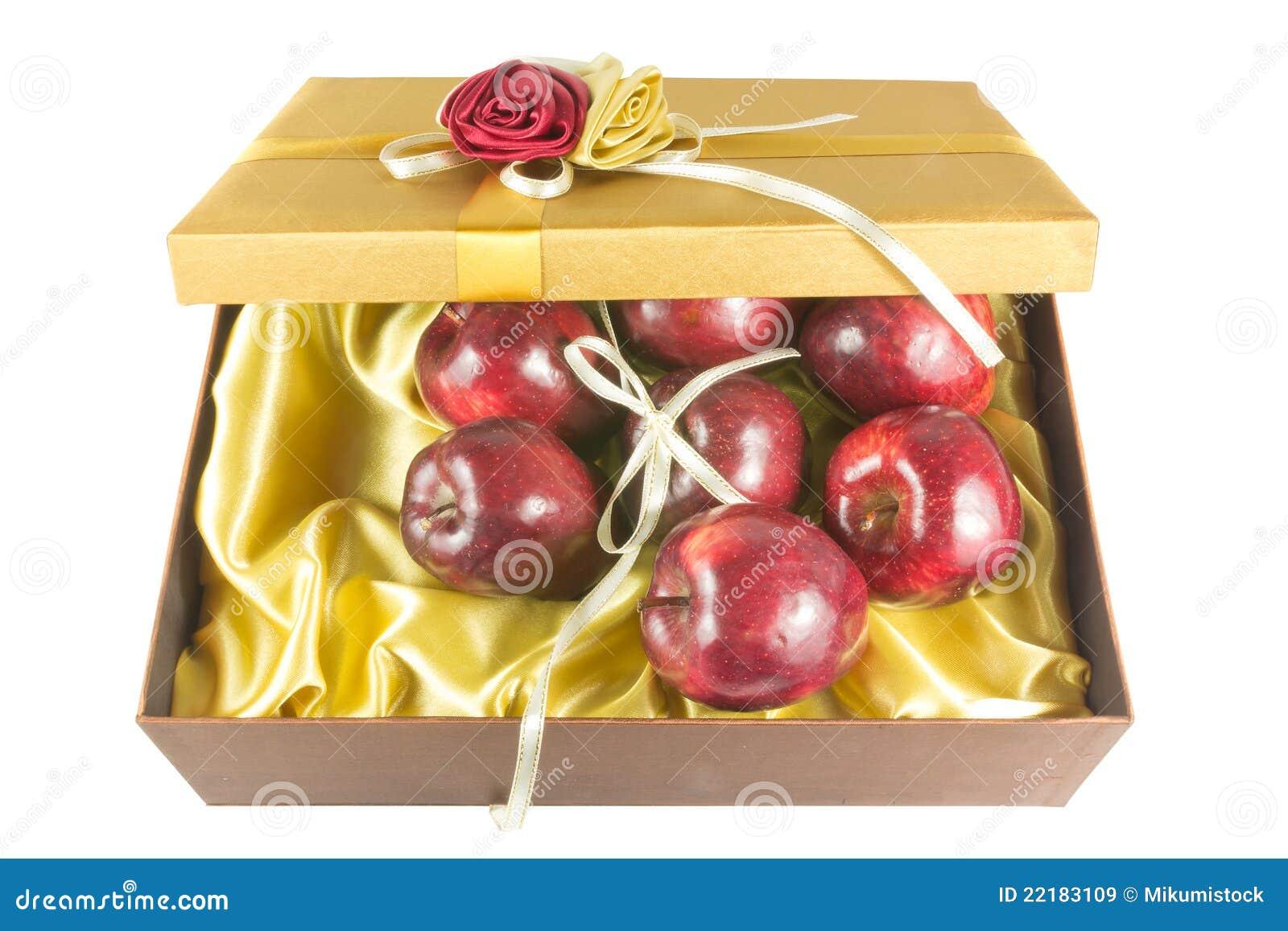 το κιβώτιο μήλων φρέσκο δίν&e