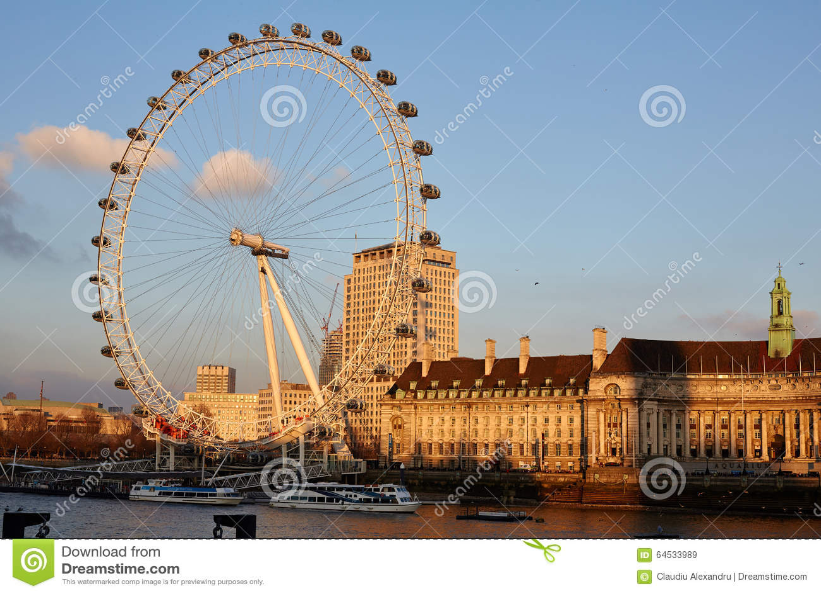 Το μάτι του Λονδίνου κατά τη διάρκεια του ηλιοβασιλέματος