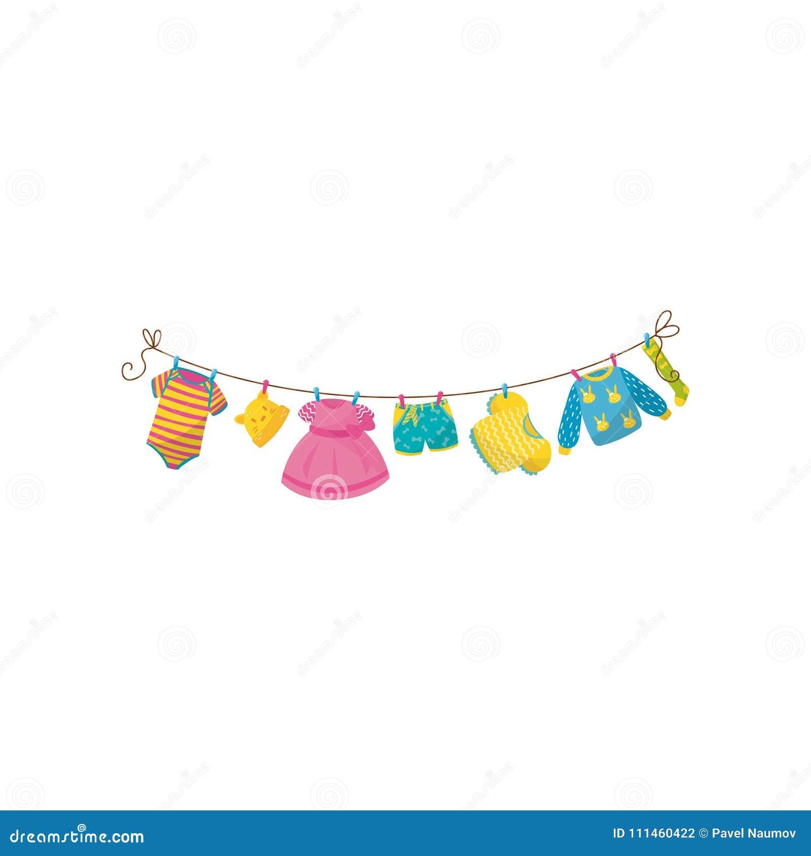 το μωρό ντύνει το κρεμώντας σχοινί Ριγωτό κομπινεζόν, λίγη ΚΑΠ με τα αυτιά, ρόδινο φόρεμα, σορτς, μπλούζα, θερμές πουλόβερ και κά