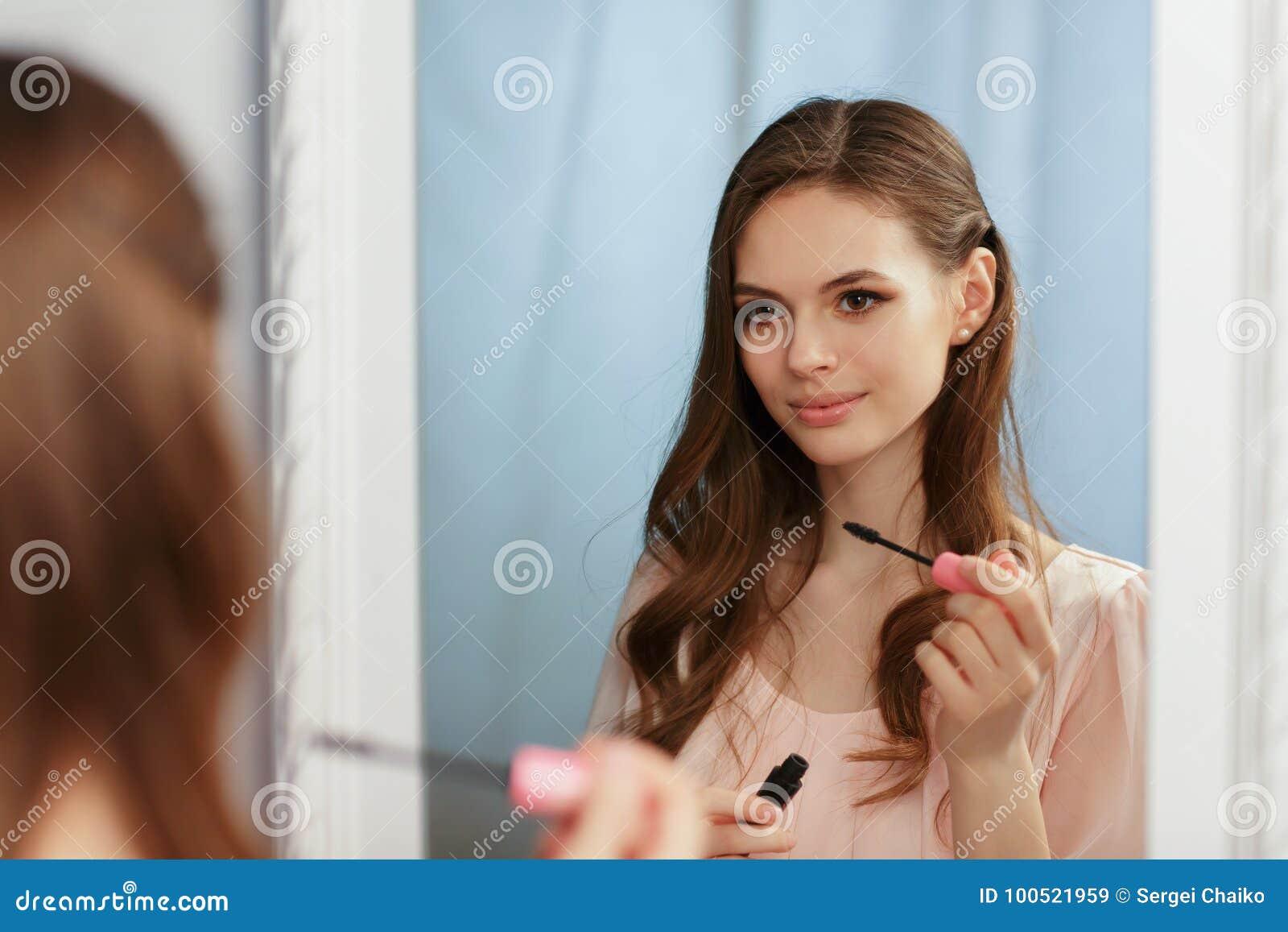 Τι γίνεται με ένα κορίτσι αγγελίες εξαπάτησης ρομαντισμό και γνωριμίες απάτες