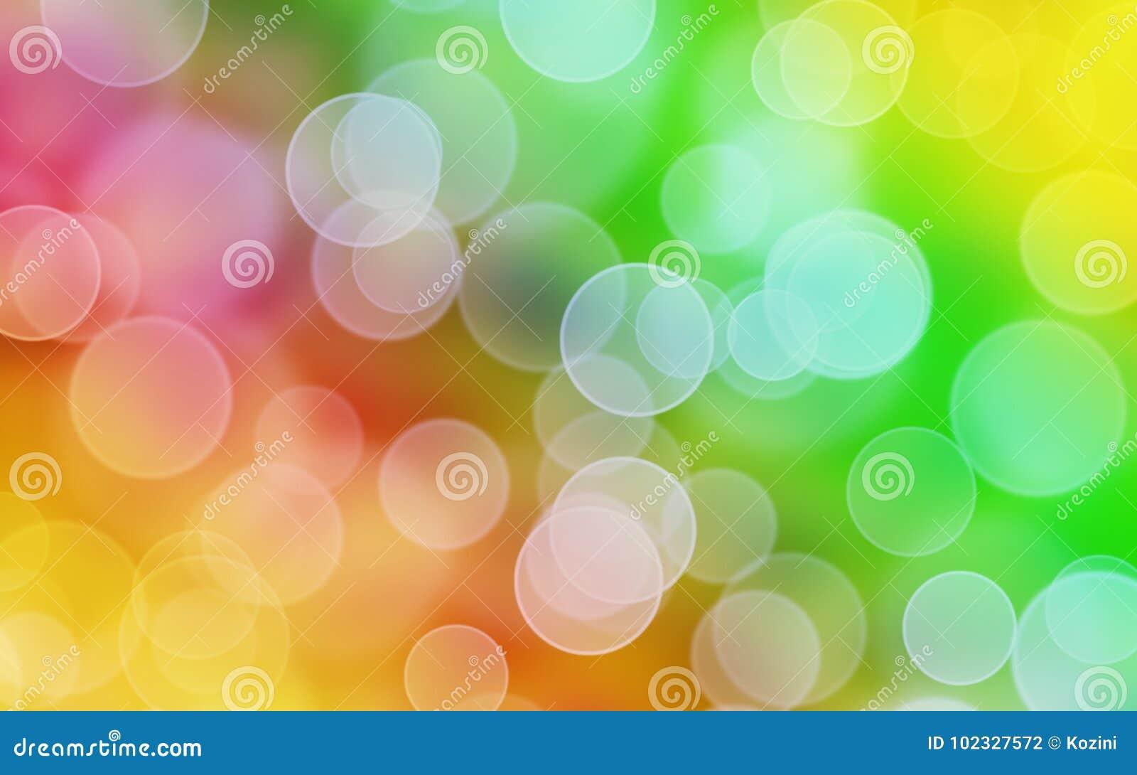 Το ουράνιο τόξο χρωματίζει το υπόβαθρο με το bokeh