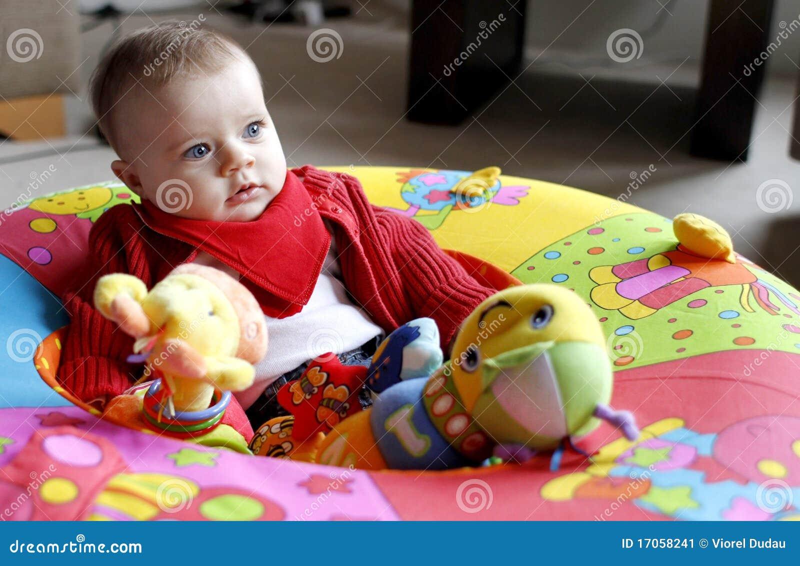 το παιχνίδι μωρών το μαλακό &p