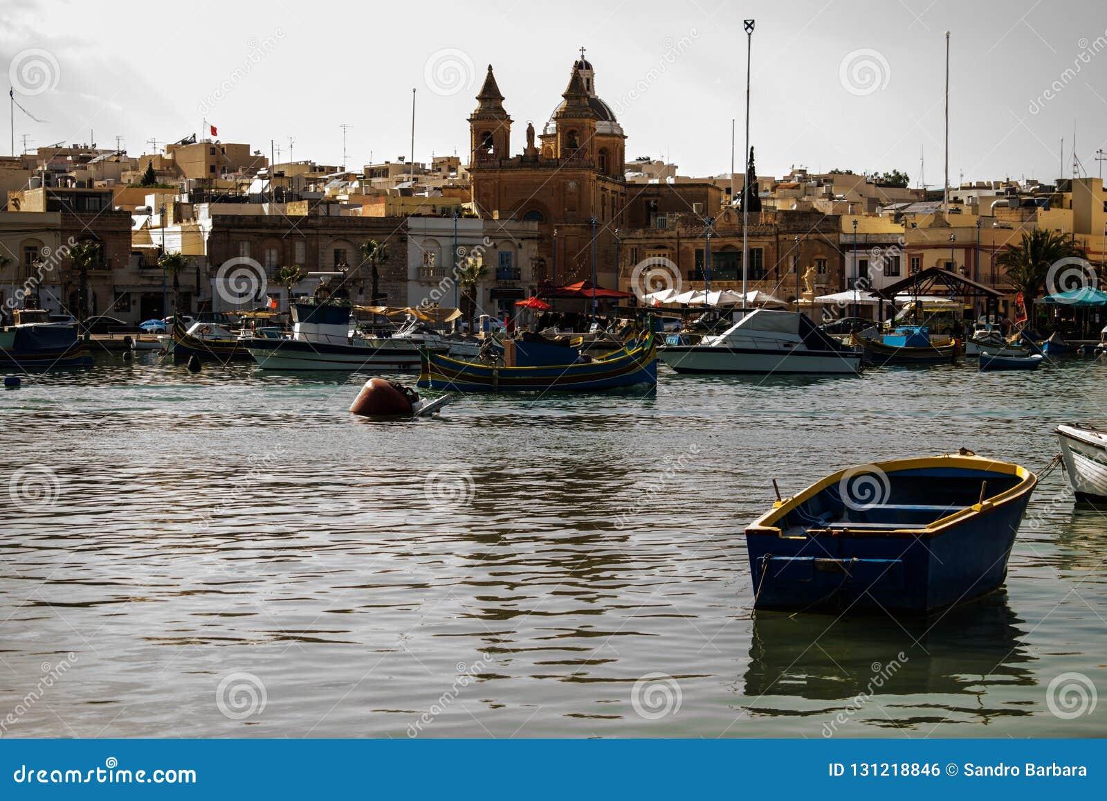 Το παραδοσιακό ψαροχώρι Marsaxlokk στη Μάλτα