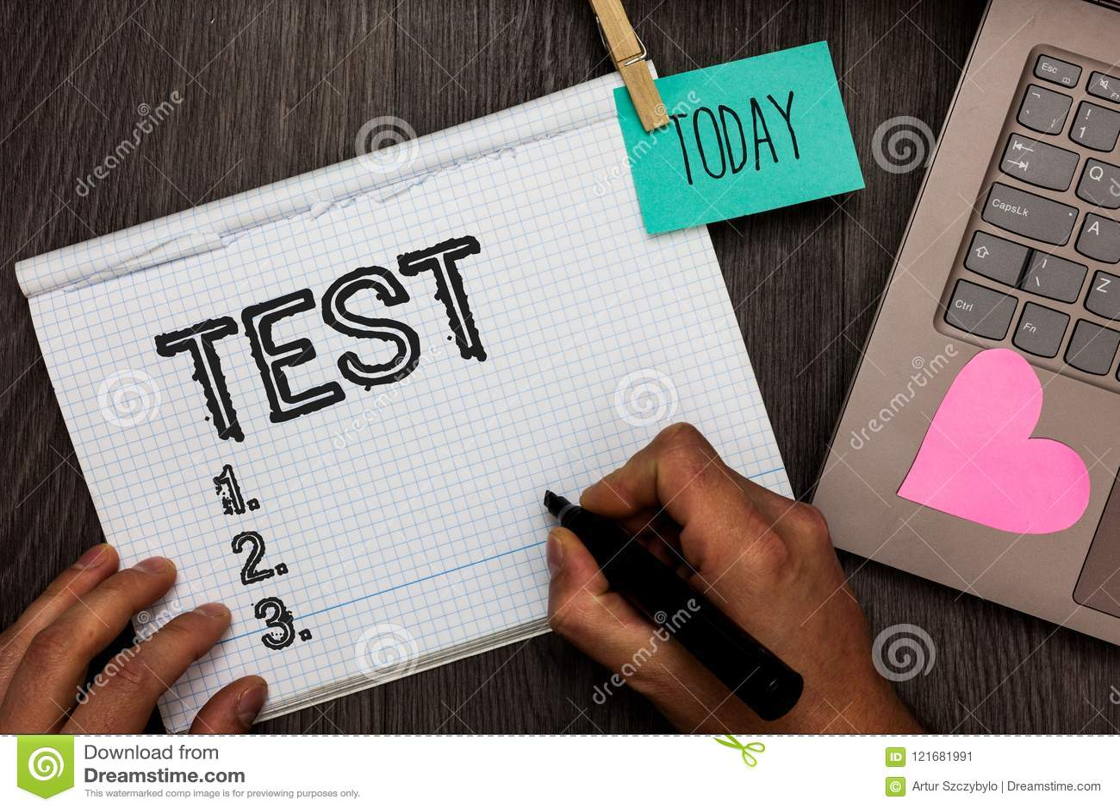 Το σημάδι κειμένων που παρουσιάζει στη δοκιμή εννοιολογική φωτογραφία ακαδημαϊκή συστημική διαδικασία αξιολογεί το διορισμό ικανό