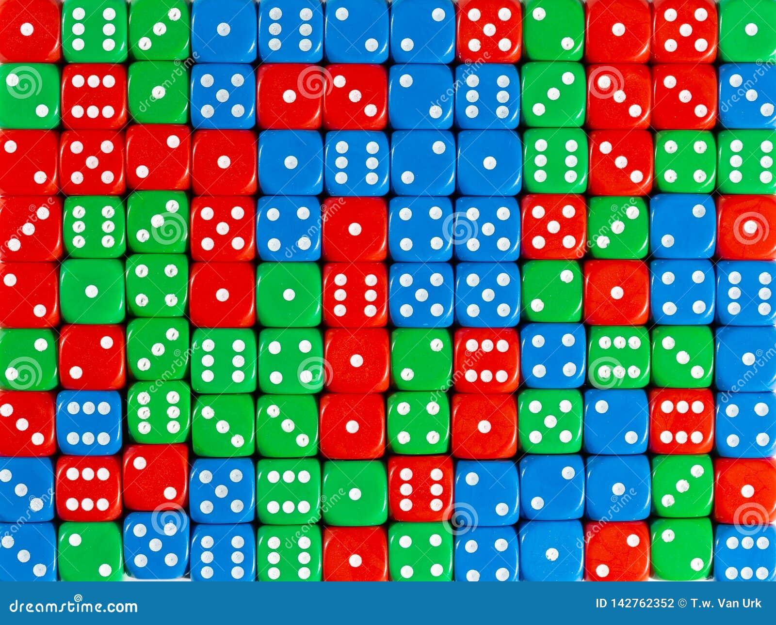 Το σχέδιο υποβάθρου του τυχαίων διαταγμένων κοκκίνου, πράσινος και του μπλε χωρίζει σε τετράγωνα