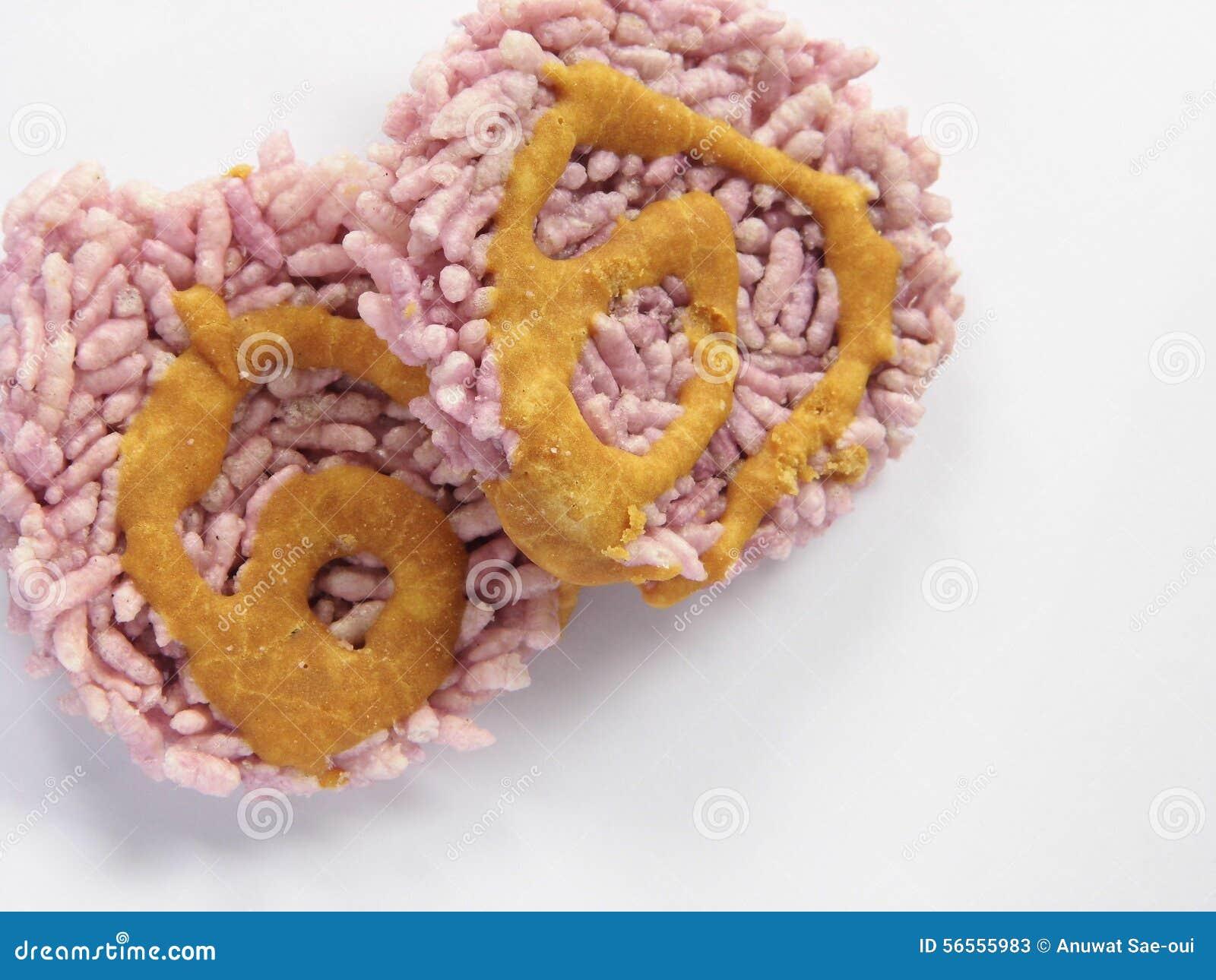 Το ταϊλανδικό παραδοσιακό μπισκότο κάνει το βρασμένο στον ατμό κολλώδες ρύζι και τη γλυκιά ζάχαρη που τηγανίζονται με στο πετρέλα