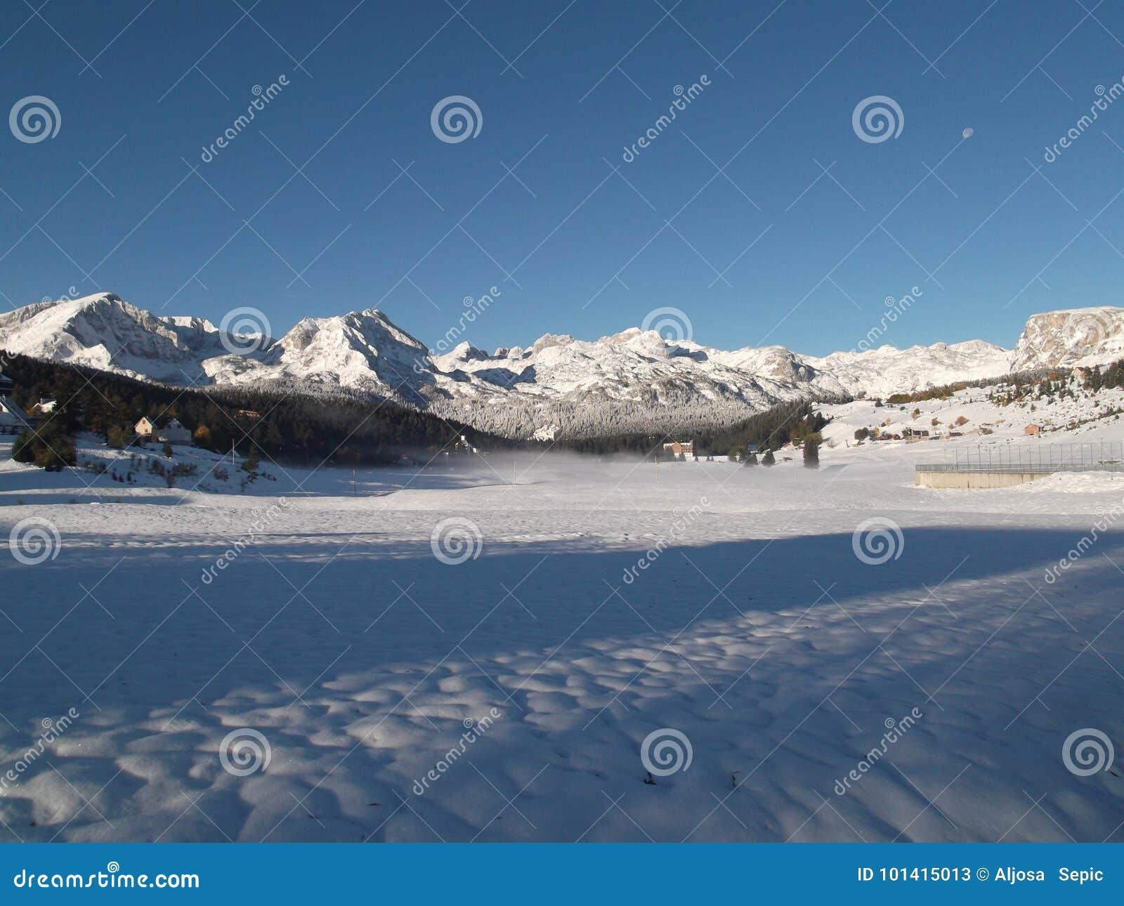 Το χιονισμένο Durmitor