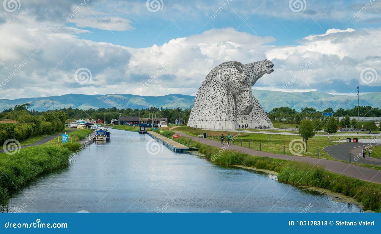 Το Kelpies ένα θερινό απόγευμα, Falkirk, Σκωτία
