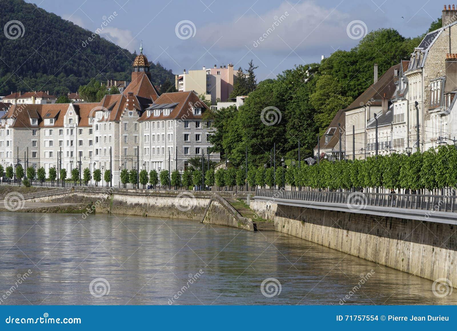Τράπεζες του Doubs στο Μπεζανσόν