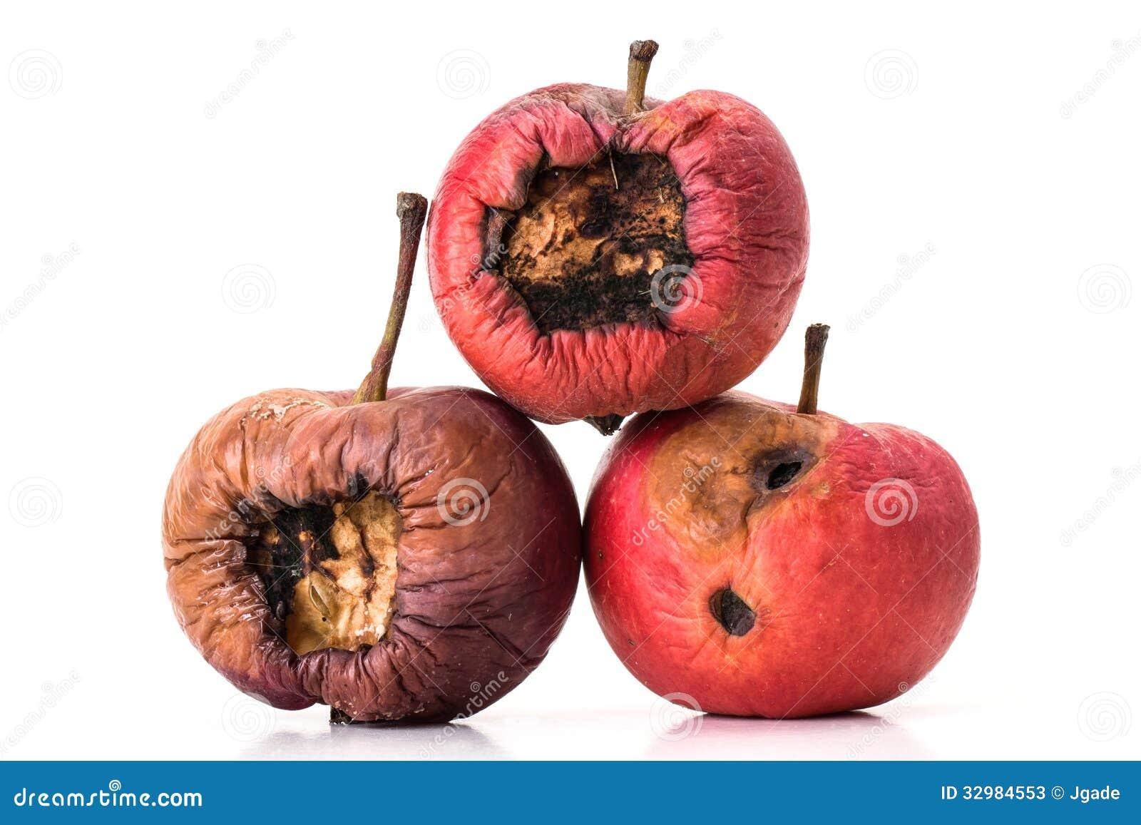 Τρία σαπίζοντας μήλα