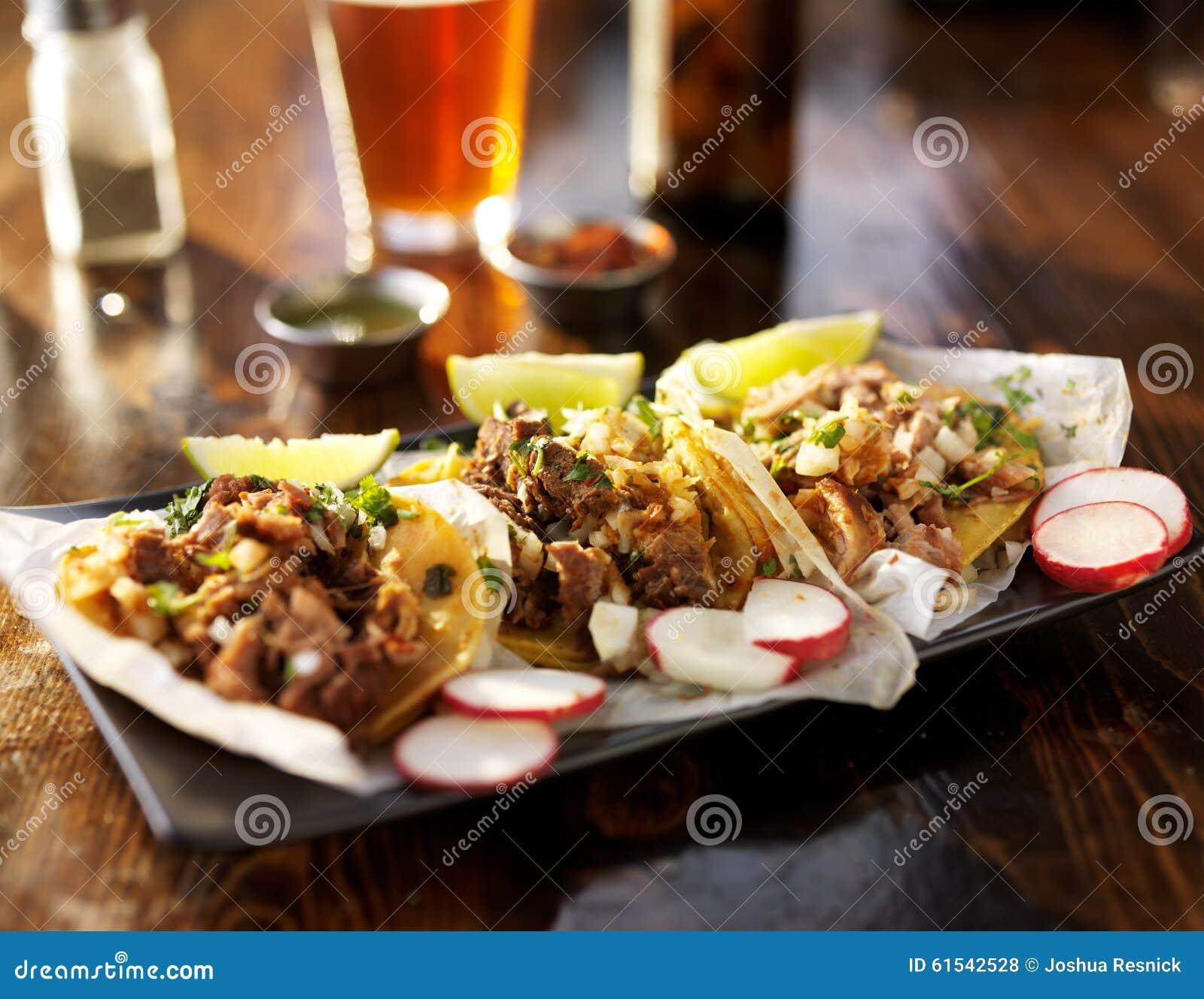τρία tacos με την μπύρα