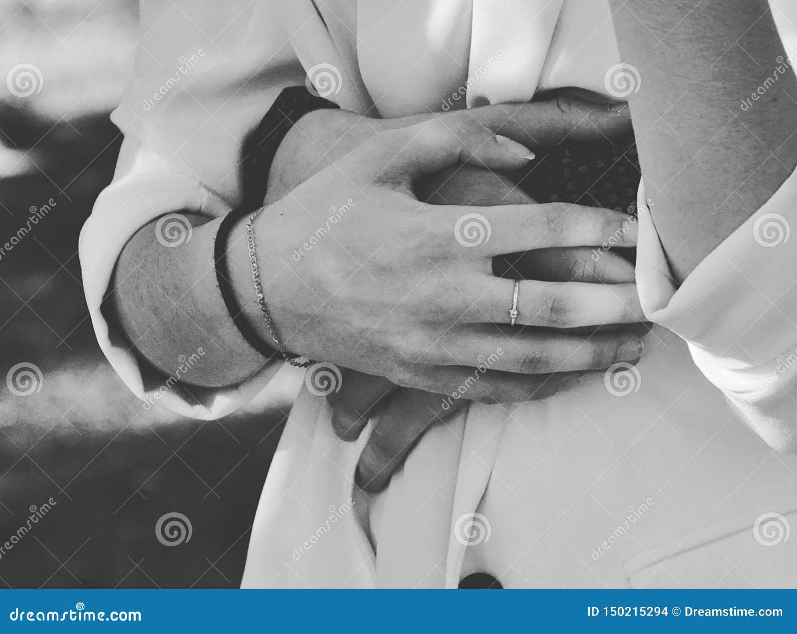 Τρυφερά αγκαλιάσματα
