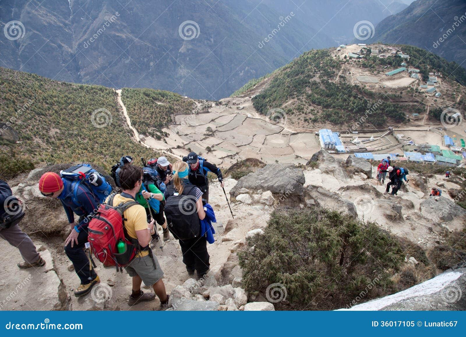 Τρόπος στο στρατόπεδο βάσεων Everest.