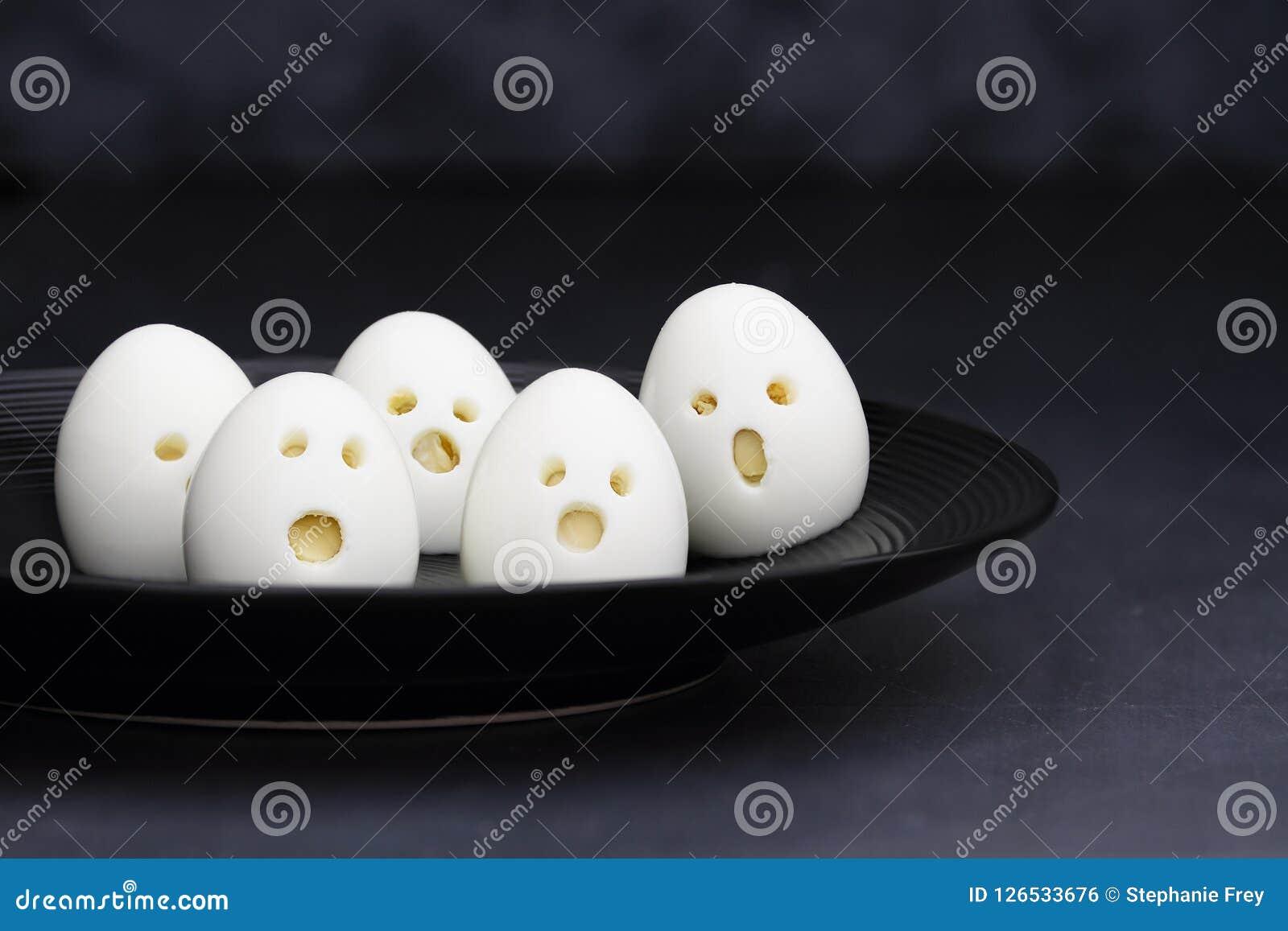 Τρόφιμα διασκέδασης αυγών αποκριών Ghoul για τα παιδιά