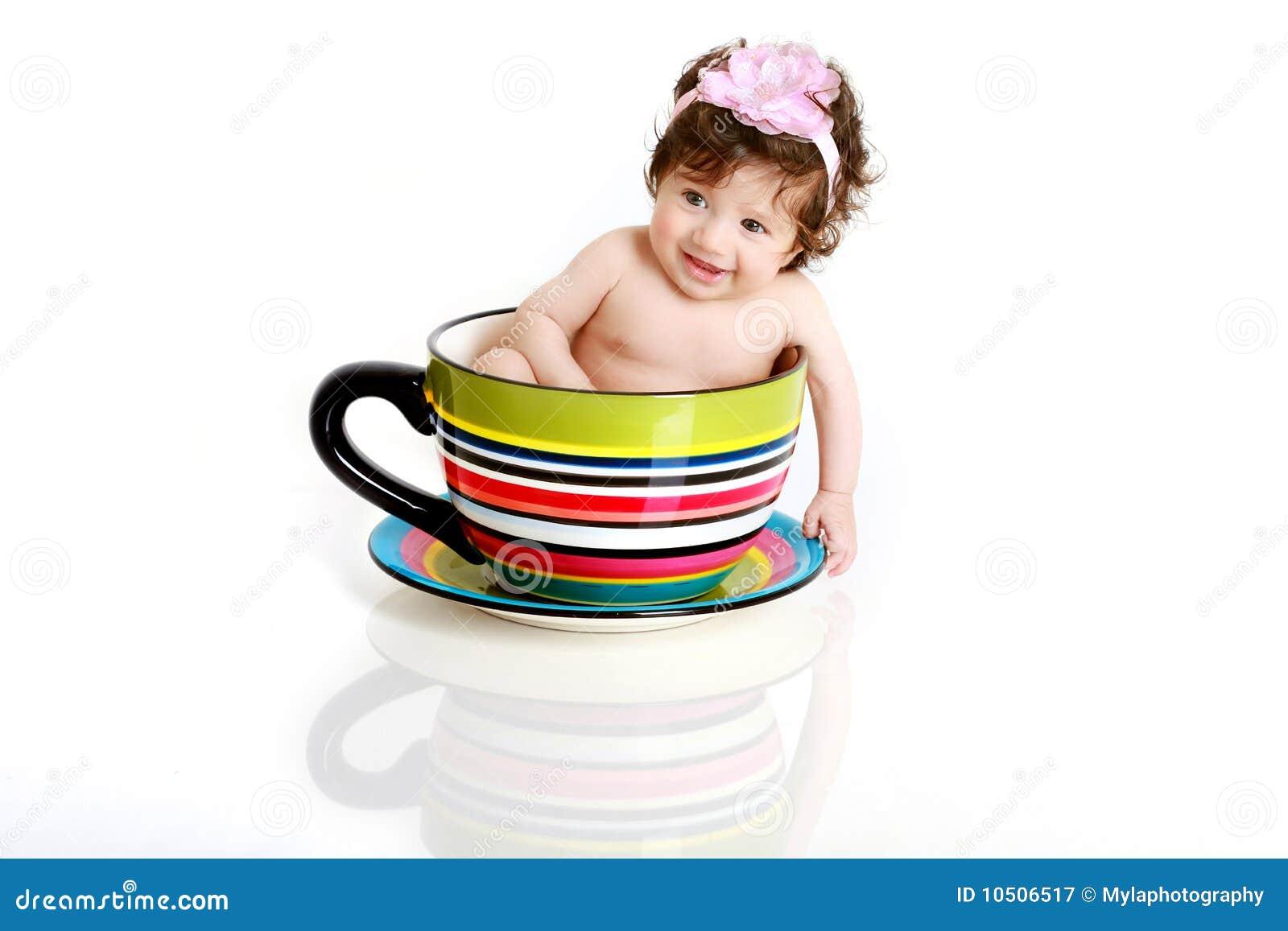 τσάι φλυτζανιών μωρών